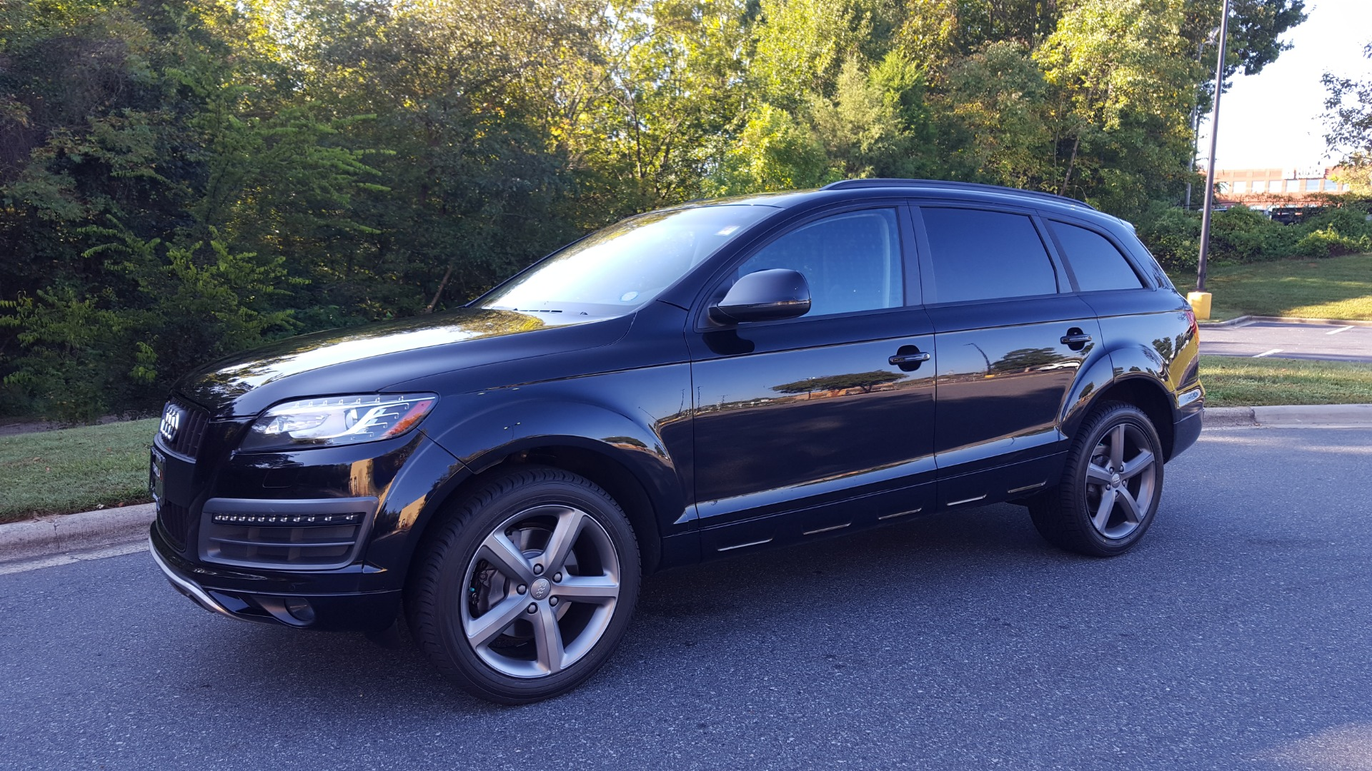 Used 2015 Audi Q7 3.0T PREMIUM PLUS TIPTRONIC / NAV / OFFROAD PLUS / WARM WEATHER / COLD WEAT for sale Sold at Formula Imports in Charlotte NC 28227 1