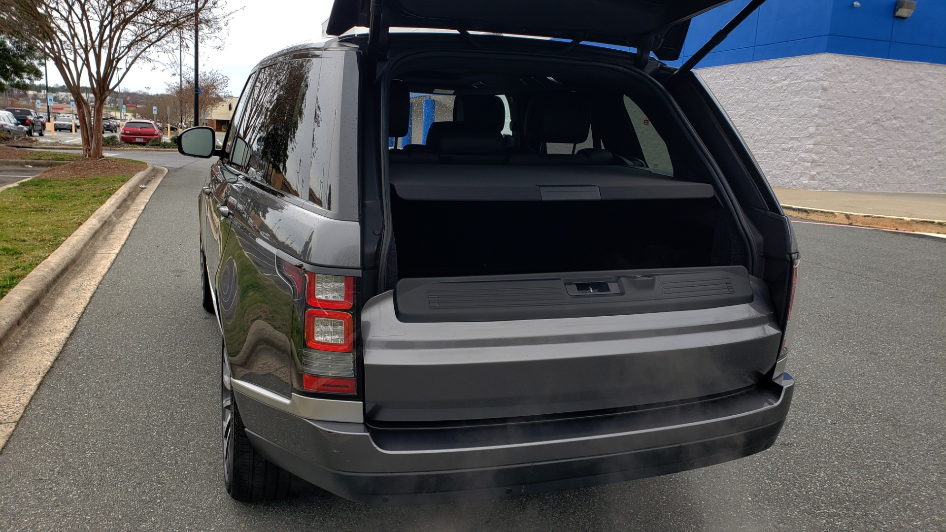Used 2016 Land Rover Range Rover Supercharged for sale $54,995 at Formula Imports in Charlotte NC 28227 17