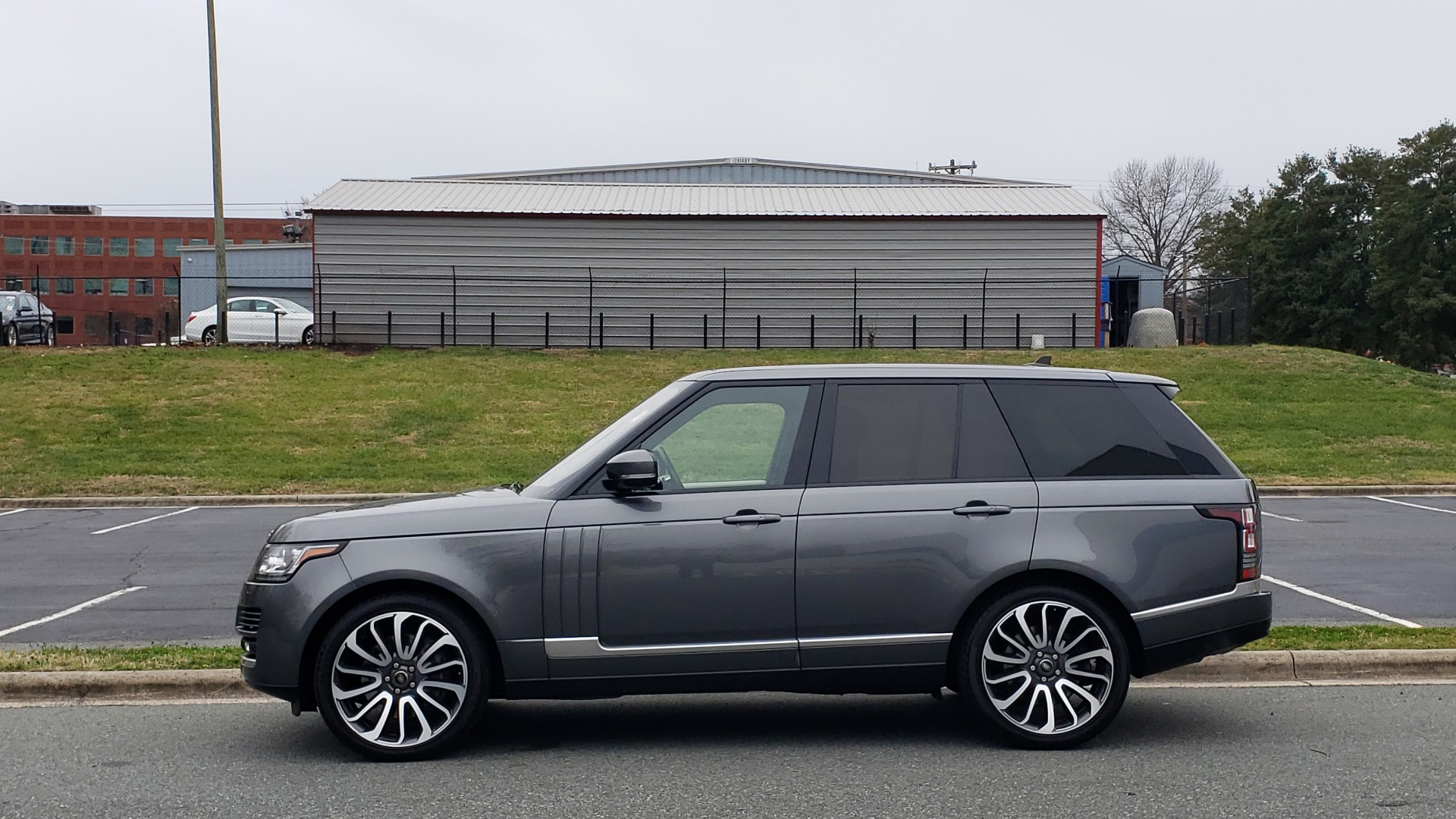 Used 2016 Land Rover Range Rover Supercharged for sale $54,995 at Formula Imports in Charlotte NC 28227 2