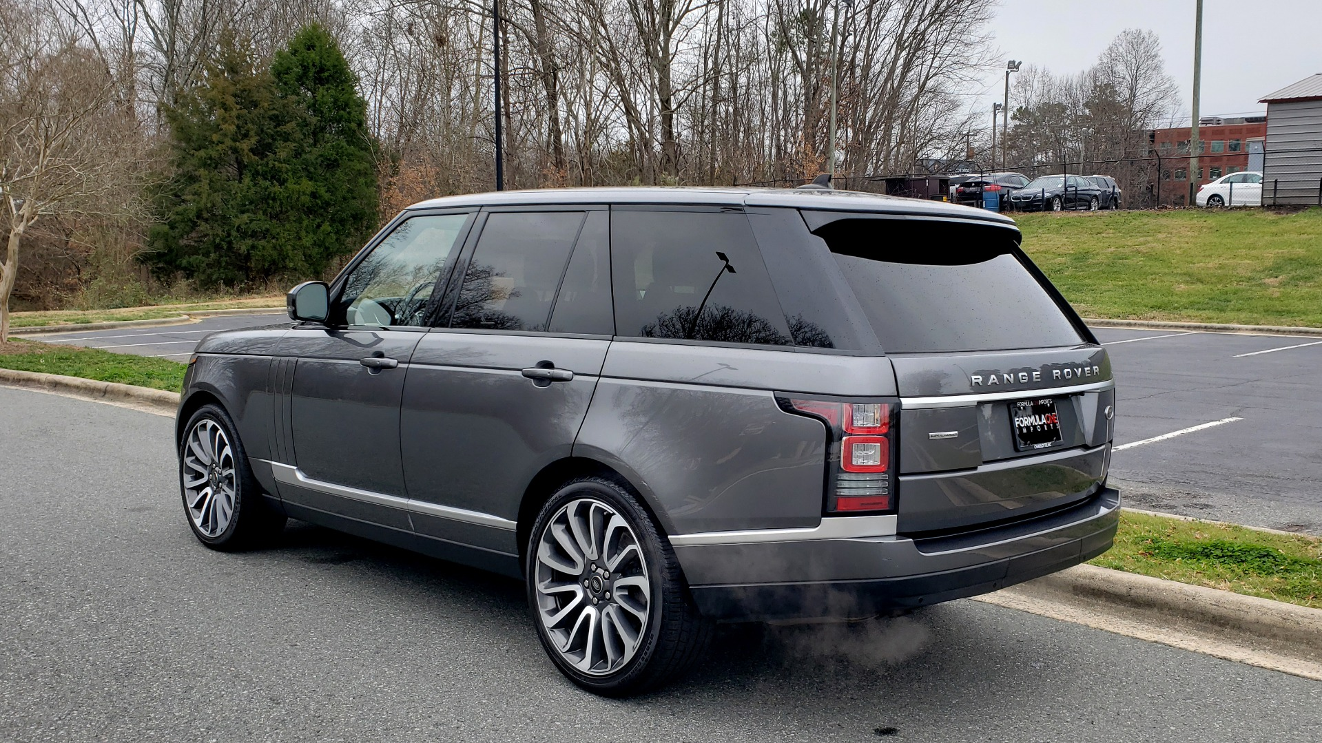 Used 2016 Land Rover RANGE ROVER SUPERCHARGED V8 / NAV / PANO-ROOF / MERIDIAN SND / REARVIEW for sale Sold at Formula Imports in Charlotte NC 28227 3