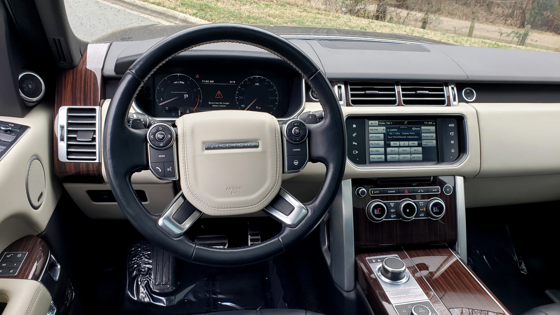 Used 2016 Land Rover Range Rover Supercharged for sale $54,995 at Formula Imports in Charlotte NC 28227 43