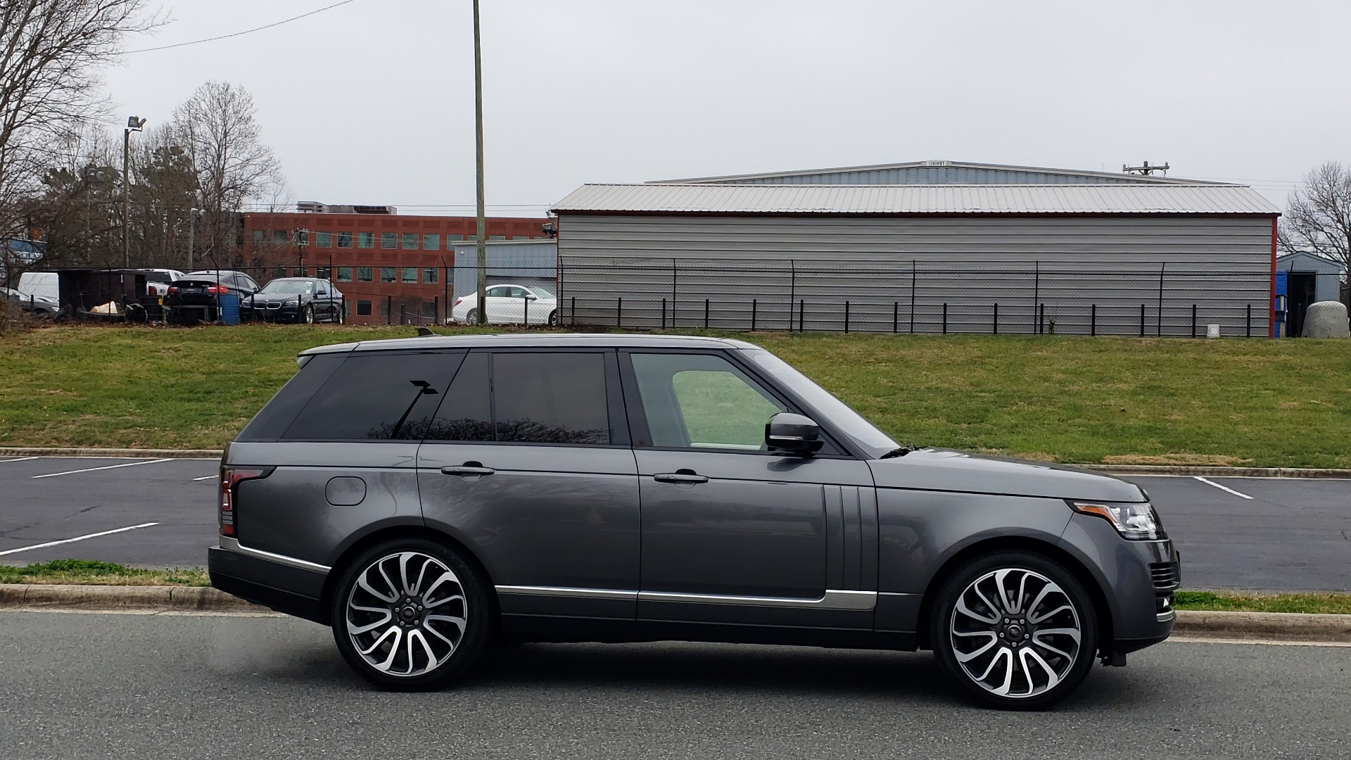 Used 2016 Land Rover Range Rover Supercharged for sale $54,995 at Formula Imports in Charlotte NC 28227 5