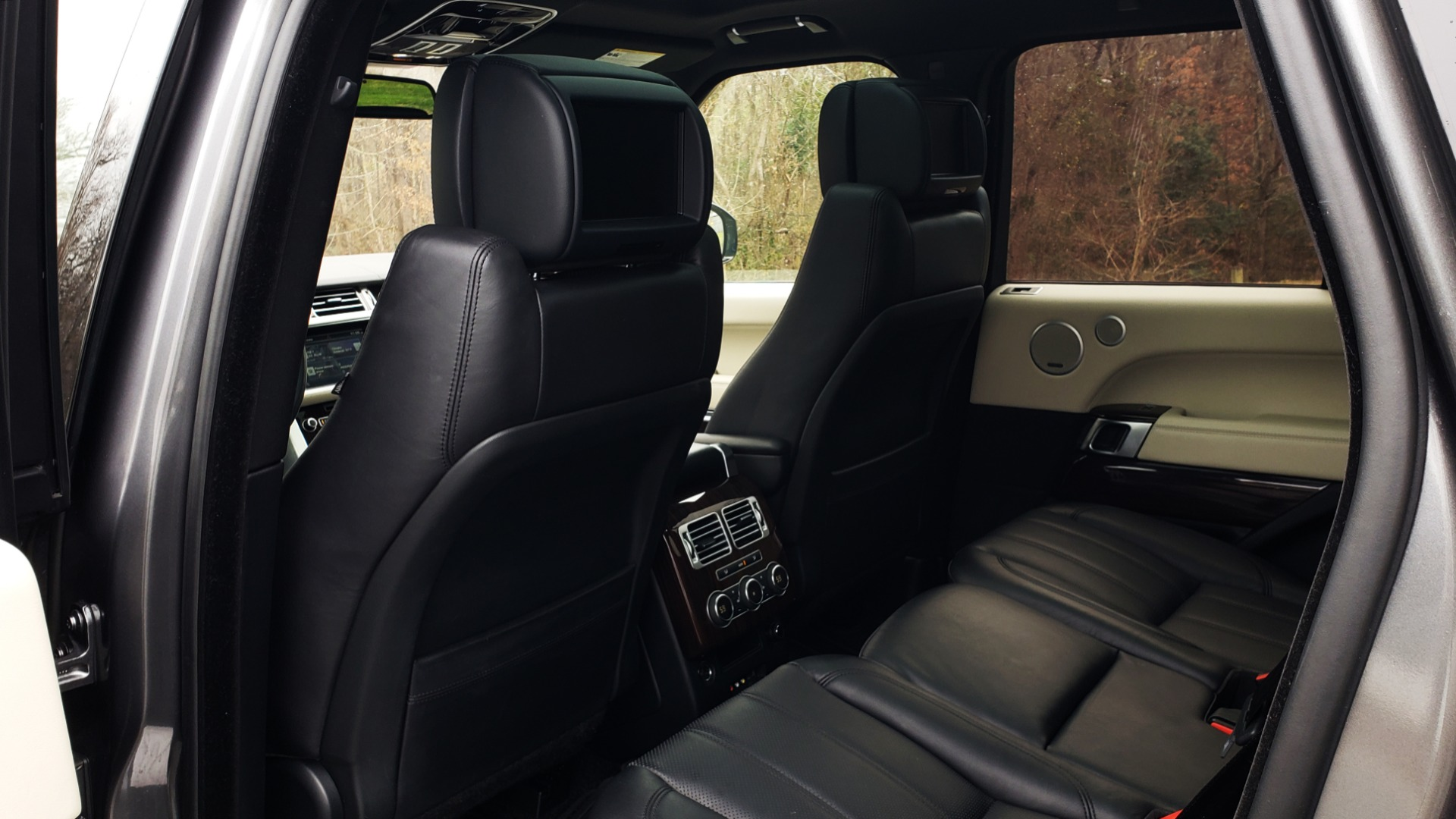 Used 2016 Land Rover Range Rover Supercharged for sale $54,995 at Formula Imports in Charlotte NC 28227 62
