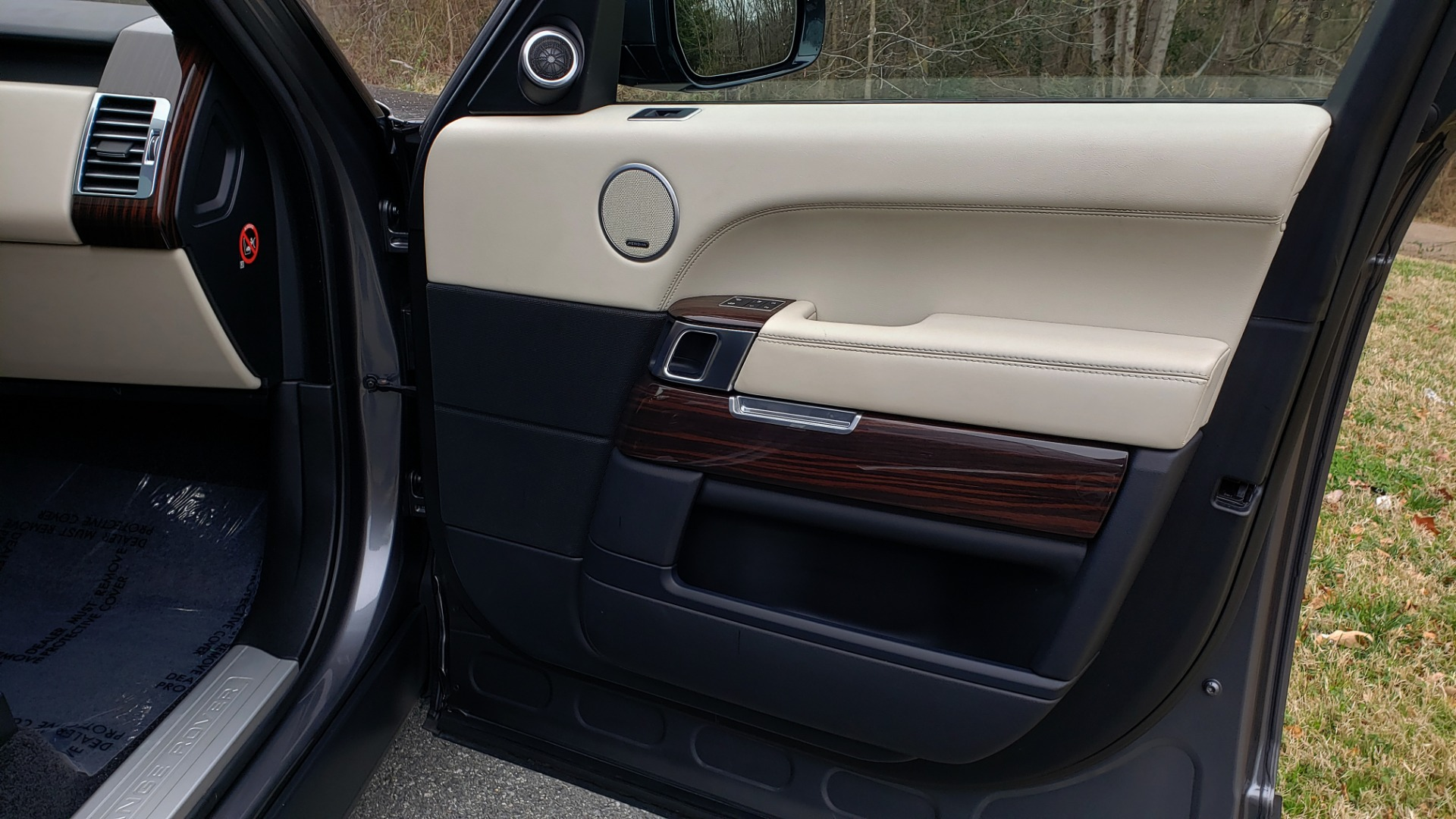 Used 2016 Land Rover Range Rover Supercharged for sale $54,995 at Formula Imports in Charlotte NC 28227 67