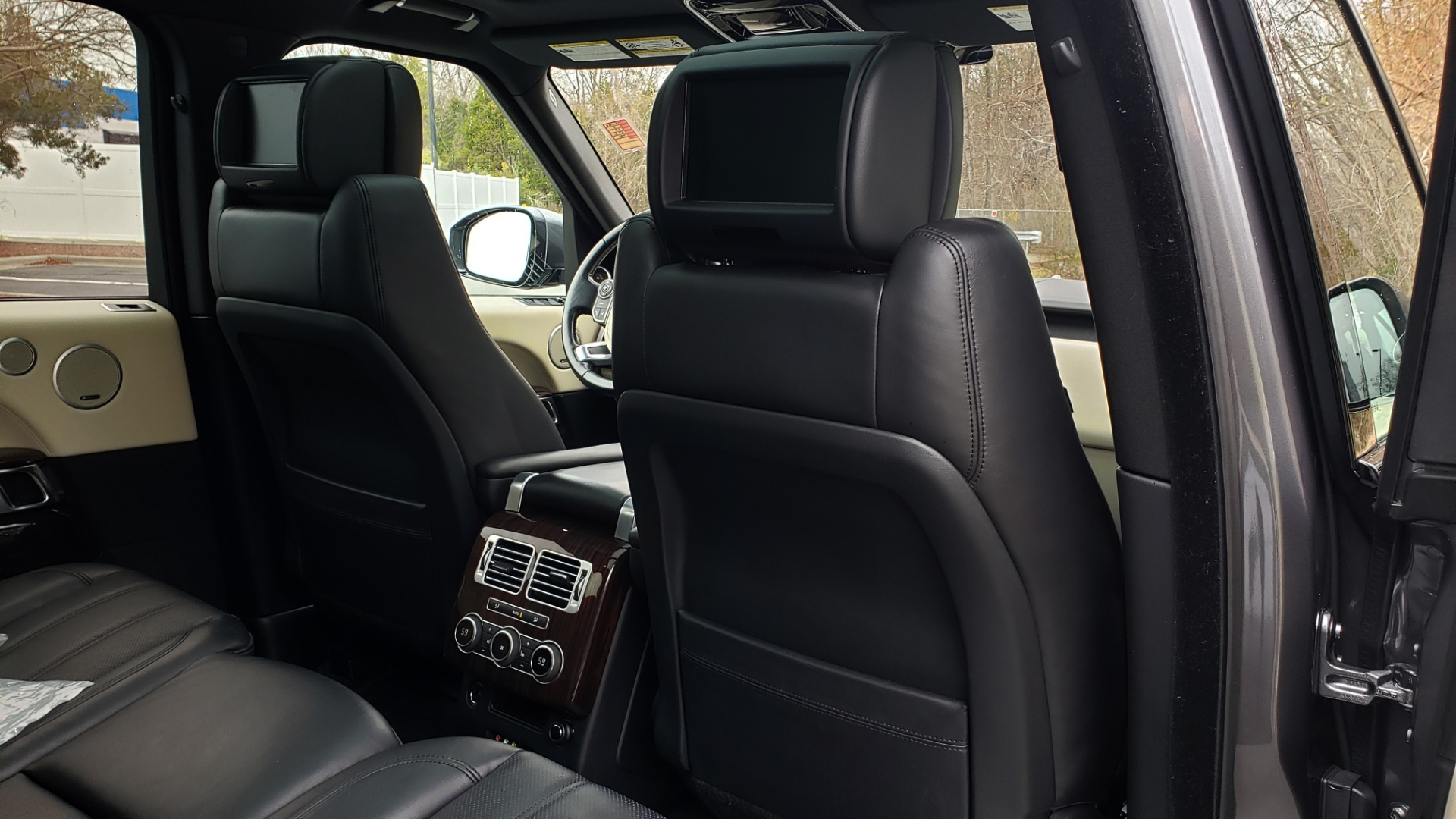 Used 2016 Land Rover Range Rover Supercharged for sale $54,995 at Formula Imports in Charlotte NC 28227 81