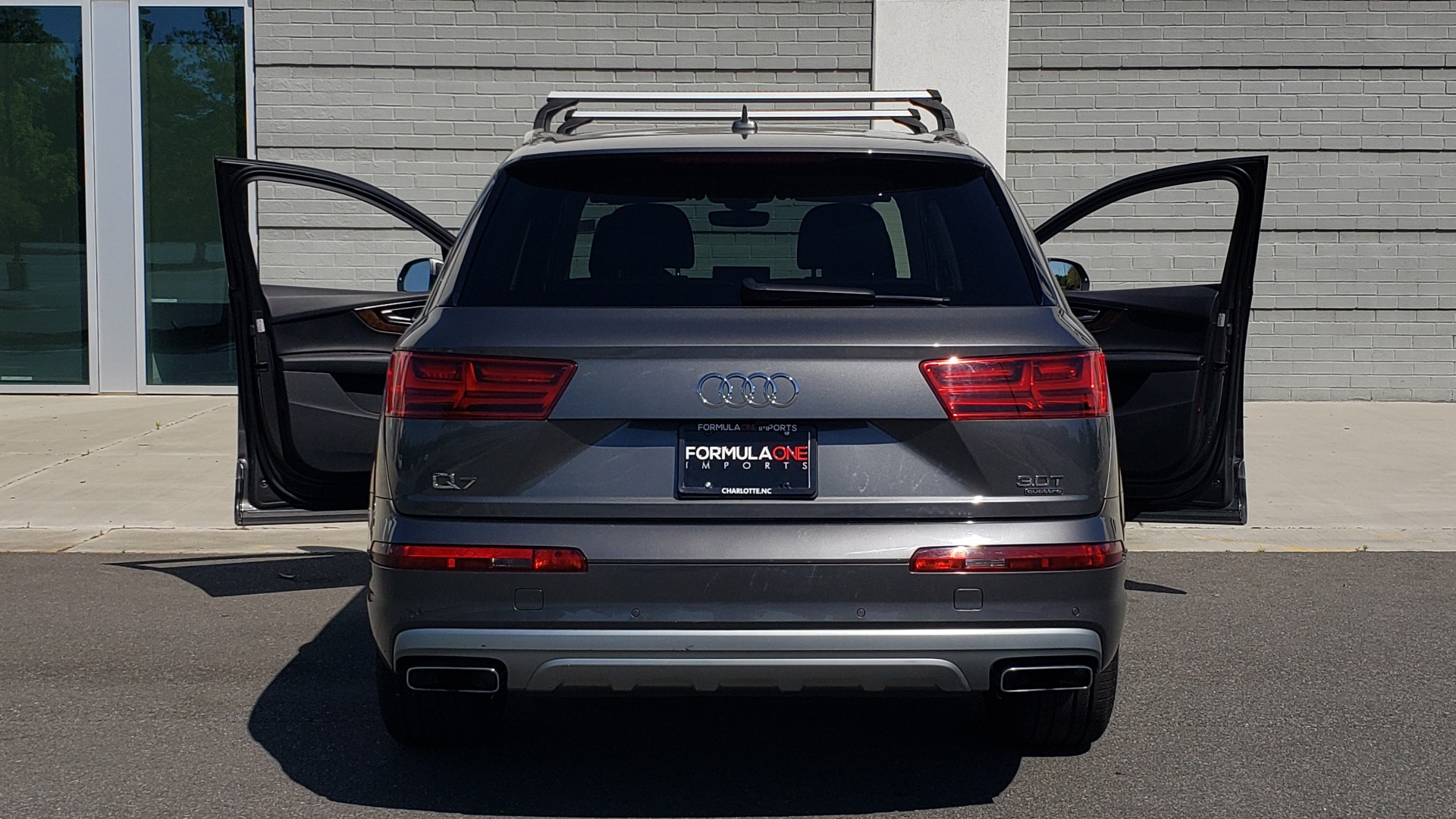 Used 2018 Audi Q7 PREMIUM PLUS TIPTRONIC / NAV / SUNROOF / VISION PKG / CLD WTHR / REARVIEW for sale $44,395 at Formula Imports in Charlotte NC 28227 31