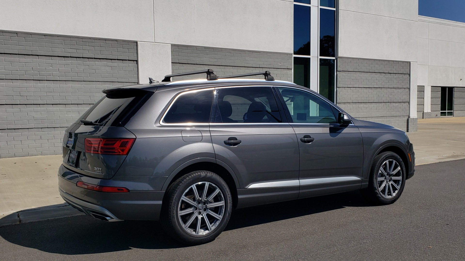 Used 2018 Audi Q7 PREMIUM PLUS TIPTRONIC / NAV / SUNROOF / VISION PKG / CLD WTHR / REARVIEW for sale $44,395 at Formula Imports in Charlotte NC 28227 8