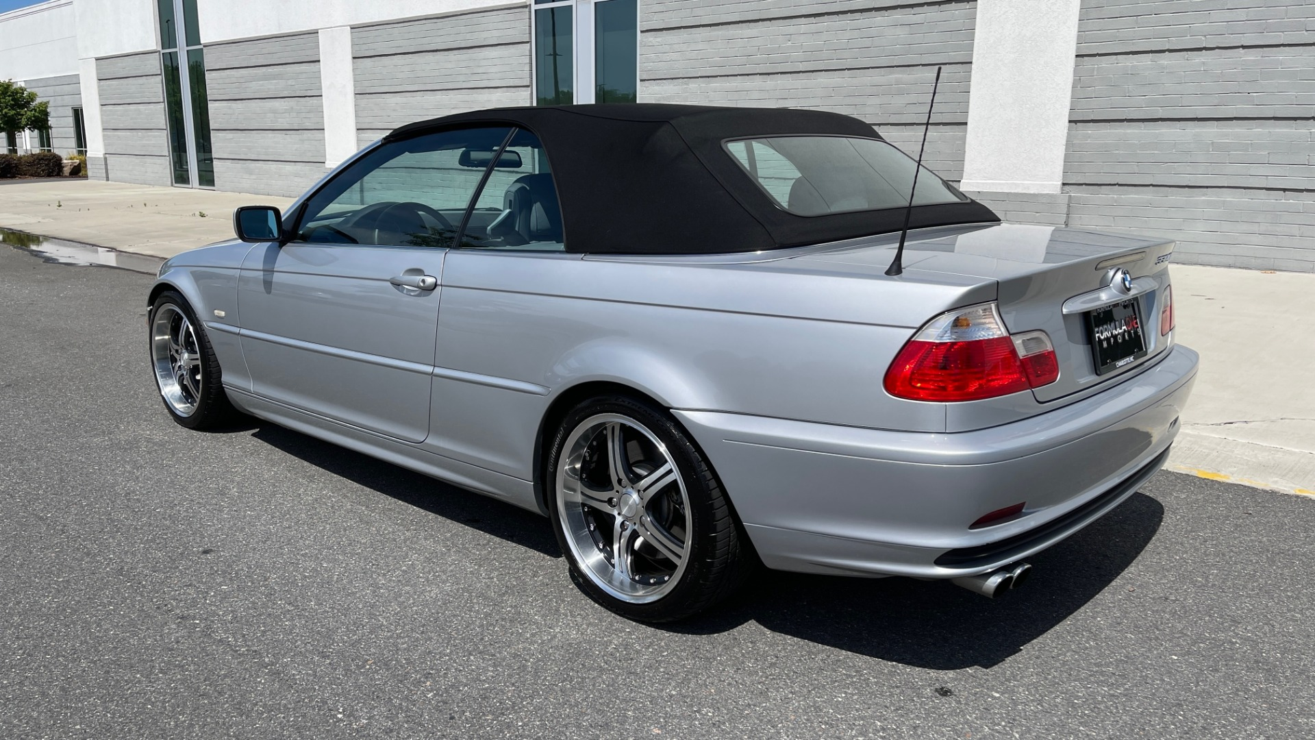 Used 2003 BMW 3 SERIES 330CI PREMIUM CONVERTIBLE / SPORT PKG / XENON HDLTS / STEPTRONIC AUTO for sale Sold at Formula Imports in Charlotte NC 28227 11