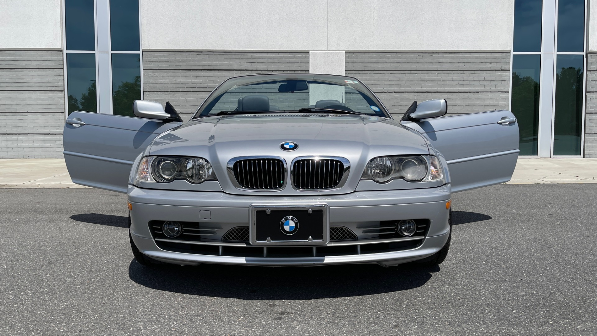 Used 2003 BMW 3 SERIES 330CI PREMIUM CONVERTIBLE / SPORT PKG / XENON HDLTS / STEPTRONIC AUTO for sale Sold at Formula Imports in Charlotte NC 28227 22