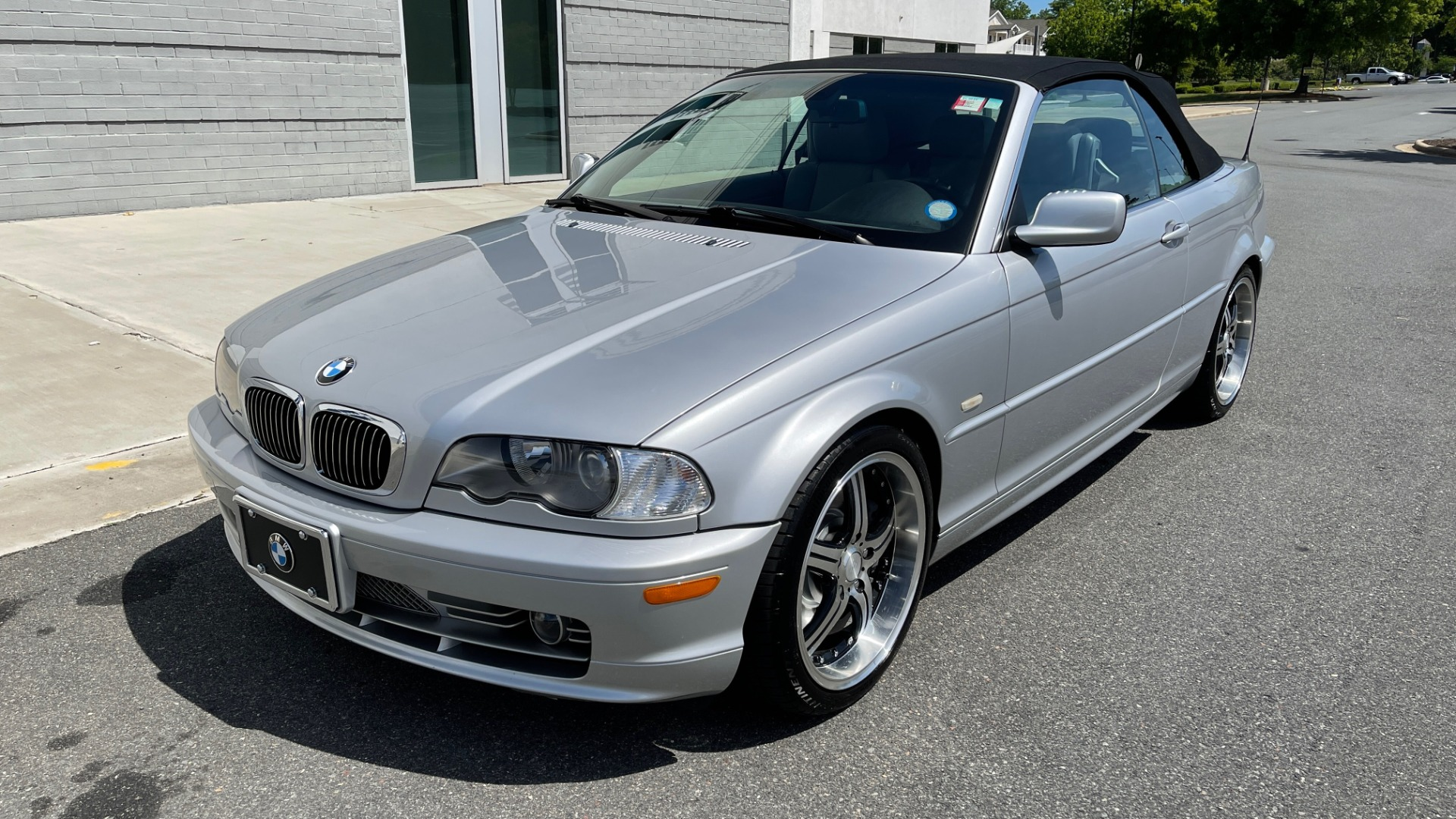 Used 2003 BMW 3 SERIES 330CI PREMIUM CONVERTIBLE / SPORT PKG / XENON HDLTS / STEPTRONIC AUTO for sale Sold at Formula Imports in Charlotte NC 28227 8
