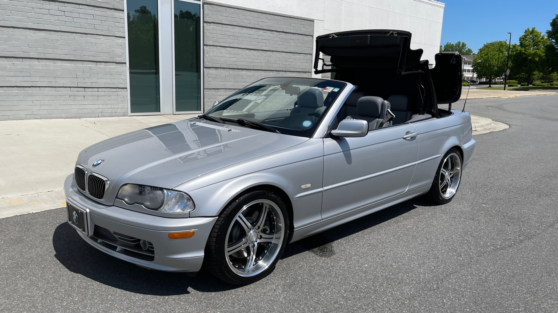Used 2003 BMW 3 SERIES 330CI PREMIUM CONVERTIBLE / SPORT PKG / XENON HDLTS / STEPTRONIC AUTO for sale Sold at Formula Imports in Charlotte NC 28227 97