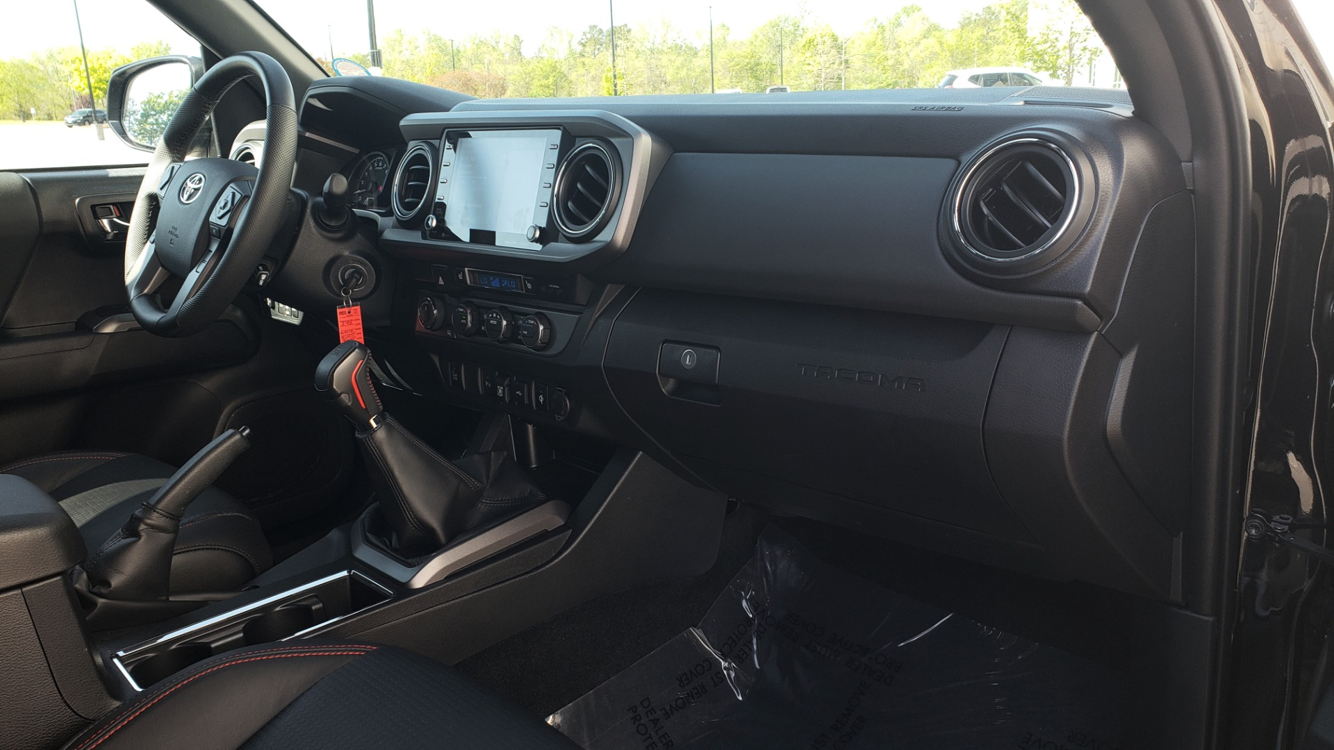 Used 2020 Toyota TACOMA 4WD TRD PRO / DOUBLECAB / 6-SPD MAN / NAV / SUNROOF / REARVIEW for sale Sold at Formula Imports in Charlotte NC 28227 67