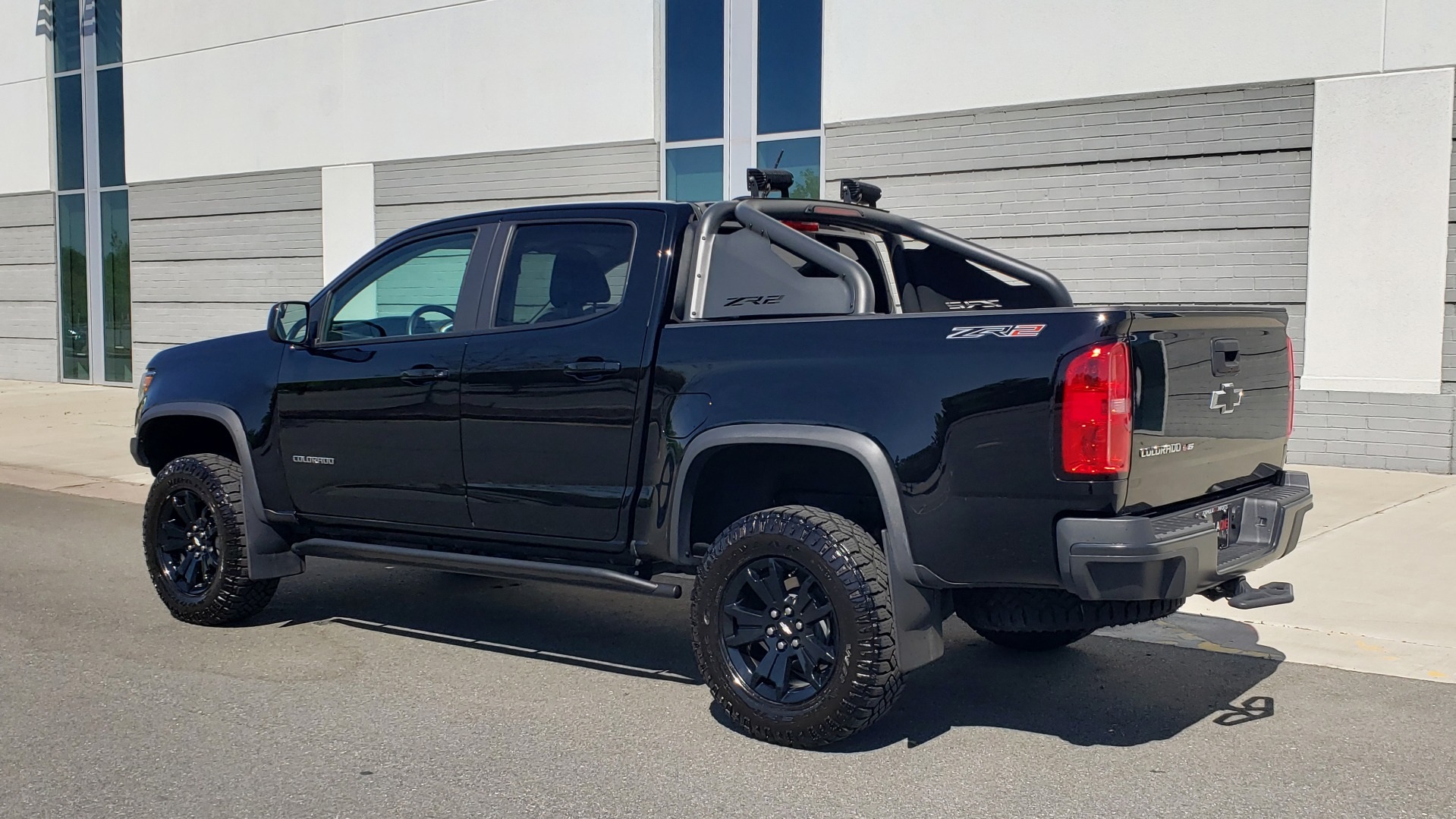 Used 2018 Chevrolet COLORADO 4WD ZR2 / CREWCAB / 128.3 WB / NAV / MIDNIGHT EDITION / BOSE for sale Sold at Formula Imports in Charlotte NC 28227 6