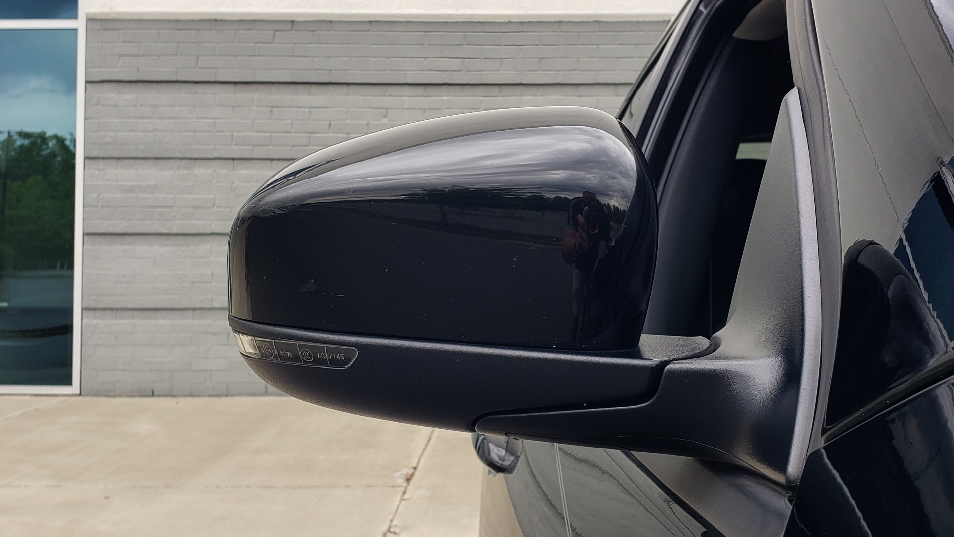 Used 2018 Jeep CHEROKEE LIMITED HIGH ALTITUDE FWD / PARK ASST / BLIND SPOT / REARVIEW for sale $20,995 at Formula Imports in Charlotte NC 28227 23