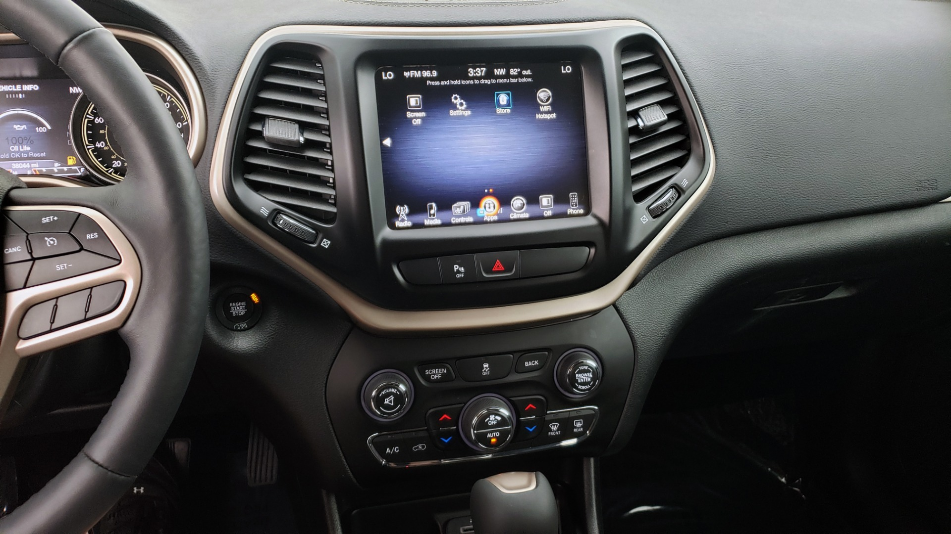 Used 2018 Jeep CHEROKEE LIMITED HIGH ALTITUDE FWD / PARK ASST / BLIND SPOT / REARVIEW for sale $20,995 at Formula Imports in Charlotte NC 28227 48