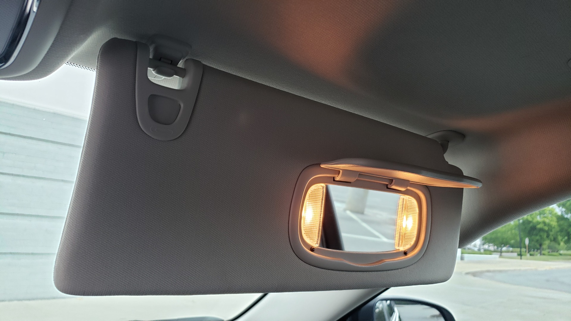 Used 2018 Jeep CHEROKEE LIMITED HIGH ALTITUDE FWD / PARK ASST / BLIND SPOT / REARVIEW for sale $20,995 at Formula Imports in Charlotte NC 28227 52