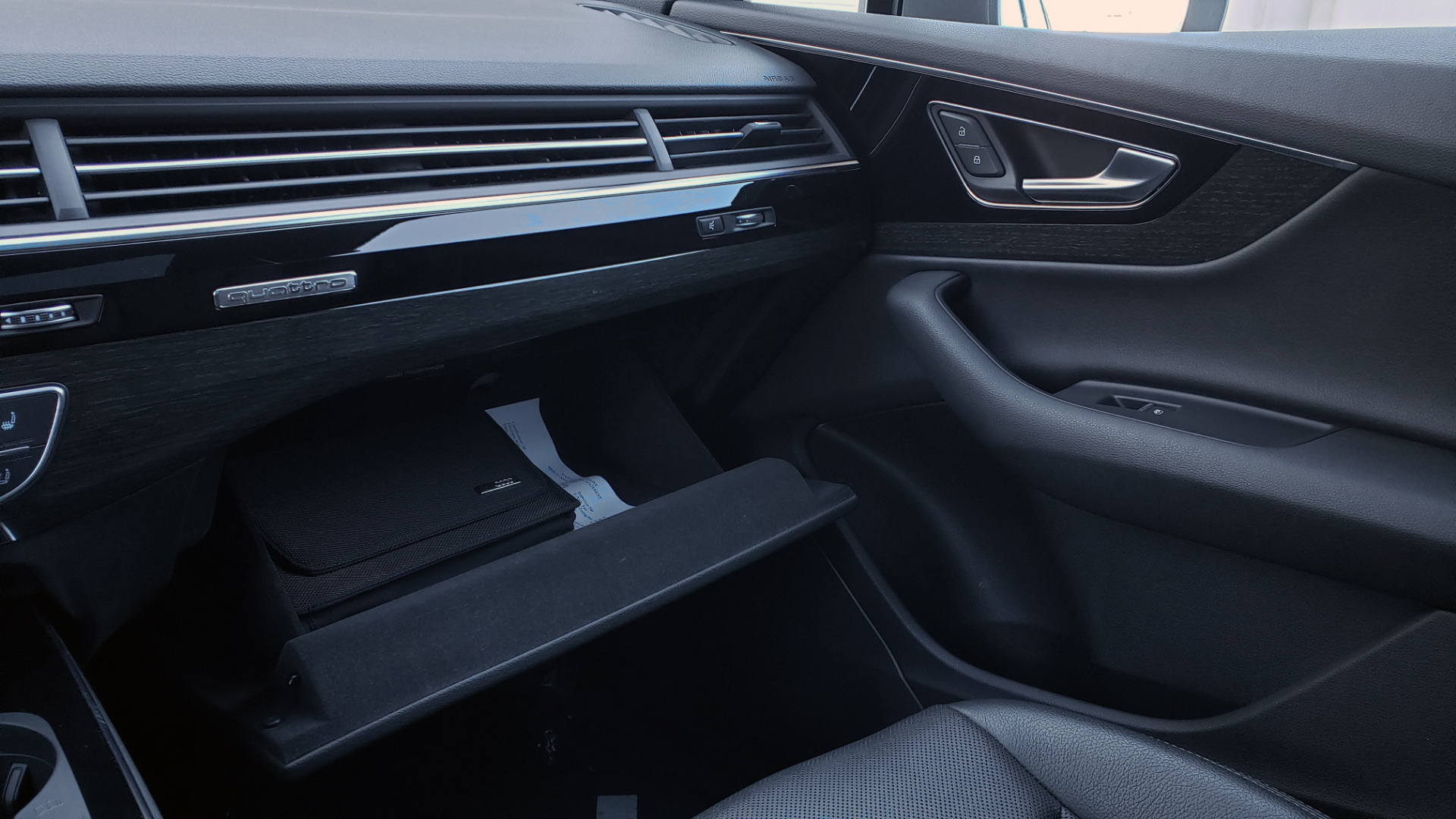 Used 2017 Audi Q7 PREMIUM PLUS / 2.0T TIPTRONIC / NAV / PANO-ROOF / 3-ROW / REARVIEW for sale $33,999 at Formula Imports in Charlotte NC 28227 59