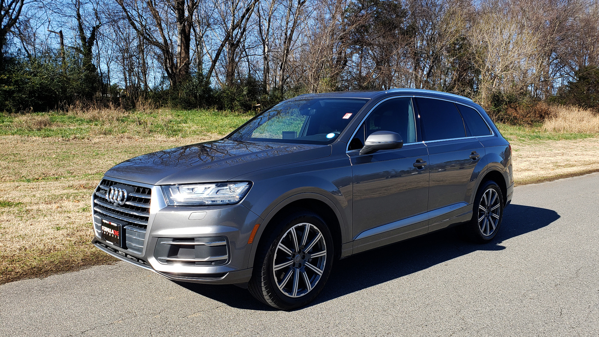 Used 2017 Audi Q7 PREMIUM PLUS / 2.0T TIPTRONIC / NAV / PANO-ROOF / 3-ROW / REARVIEW for sale $33,999 at Formula Imports in Charlotte NC 28227 1