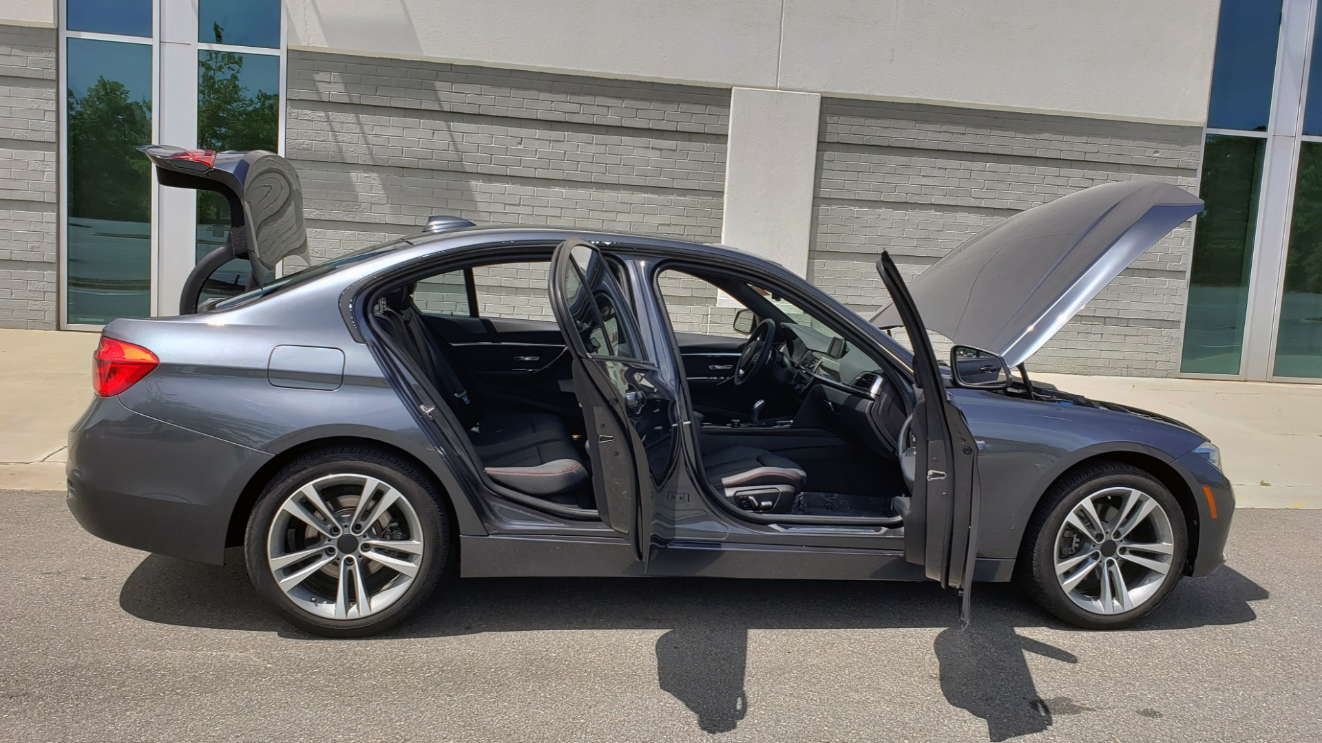 Used 2018 BMW 3 SERIES 330I XDRIVE / CONV PKG / SUNROOF / SPORT STS / HTD STS / REARVIEW for sale $28,495 at Formula Imports in Charlotte NC 28227 11