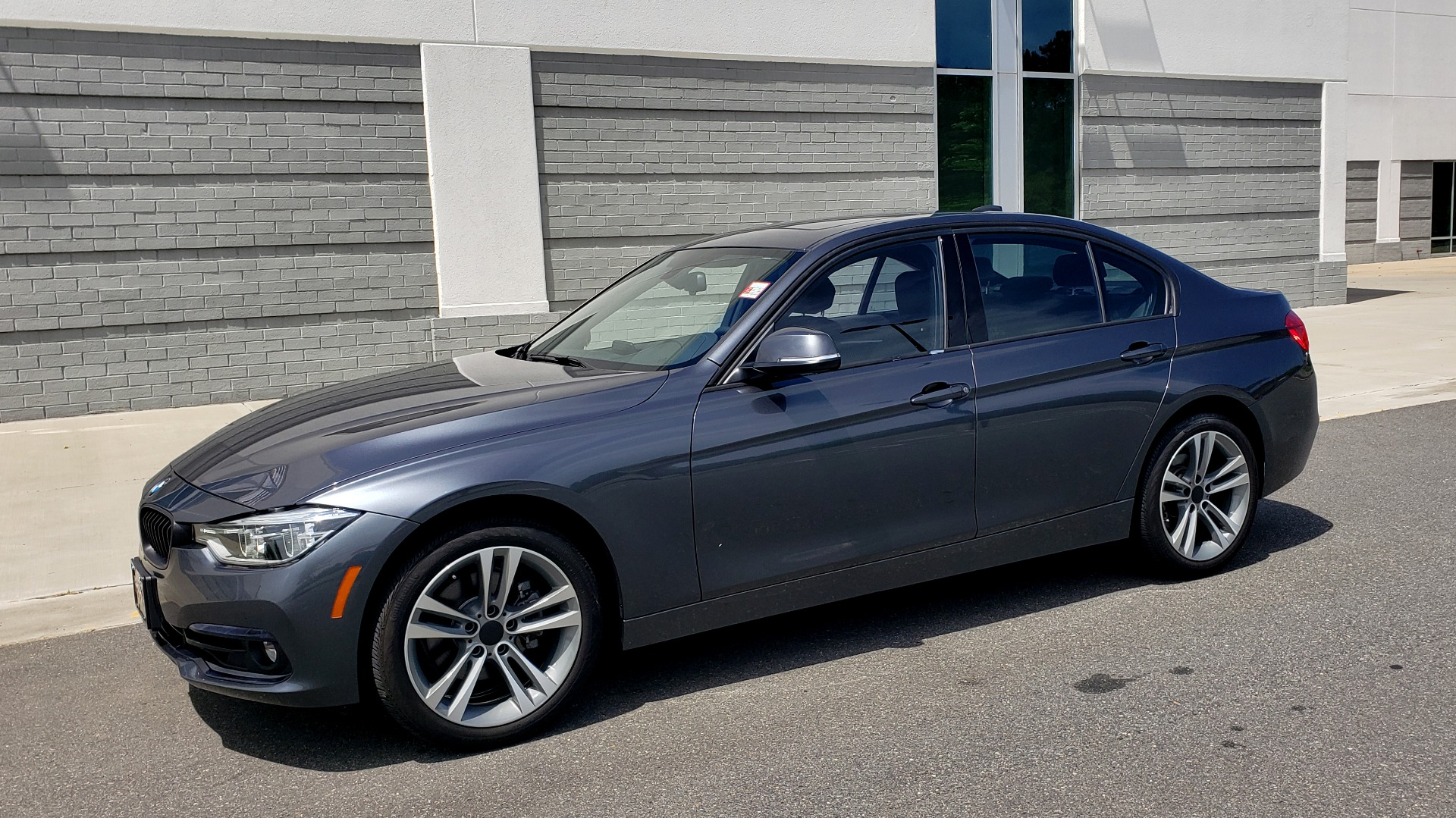 Used 2018 BMW 3 SERIES 330I XDRIVE / CONV PKG / SUNROOF / SPORT STS / HTD STS / REARVIEW for sale $28,495 at Formula Imports in Charlotte NC 28227 2