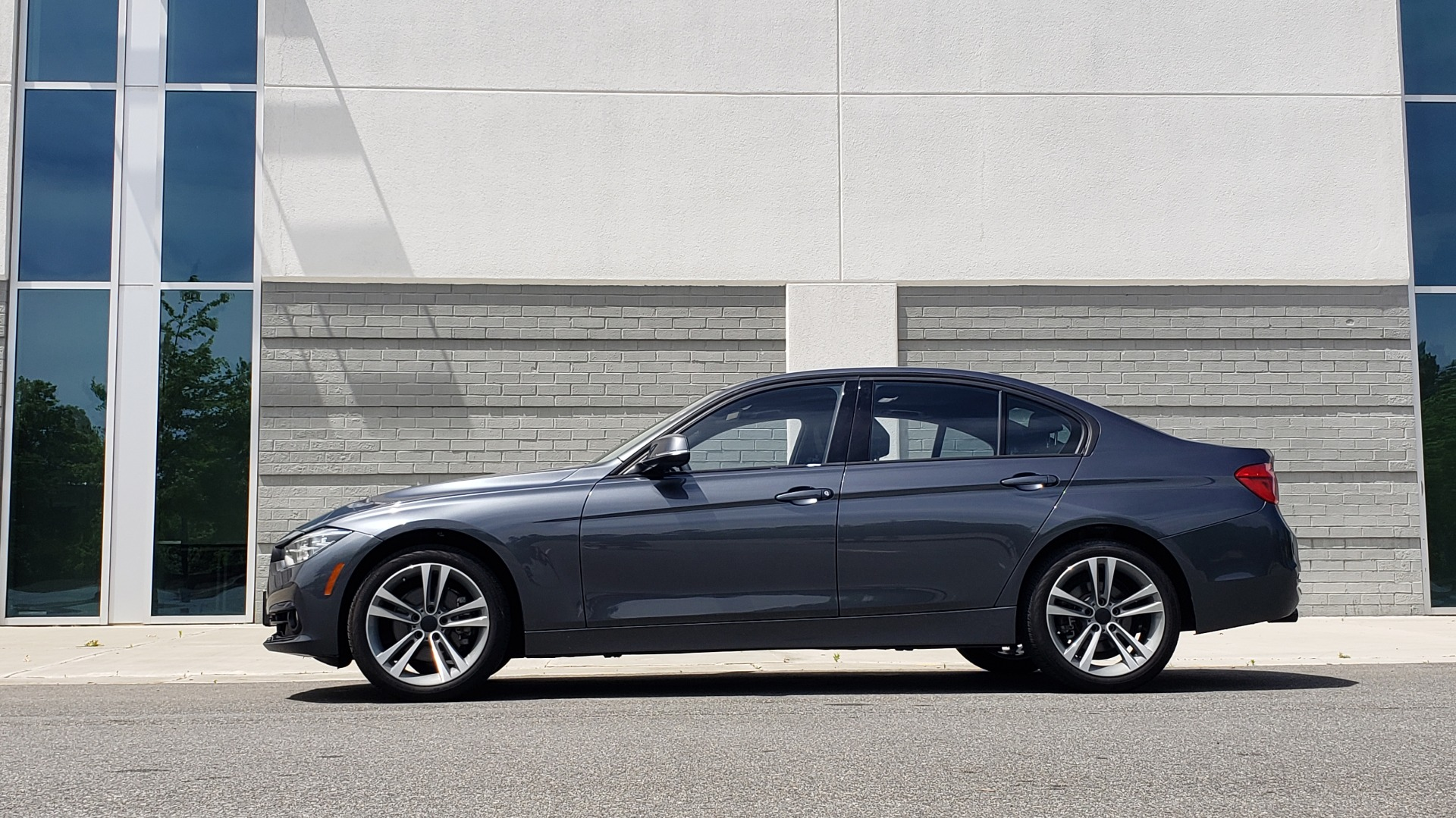 Used 2018 BMW 3 SERIES 330I XDRIVE / CONV PKG / SUNROOF / SPORT STS / HTD STS / REARVIEW for sale $28,495 at Formula Imports in Charlotte NC 28227 3