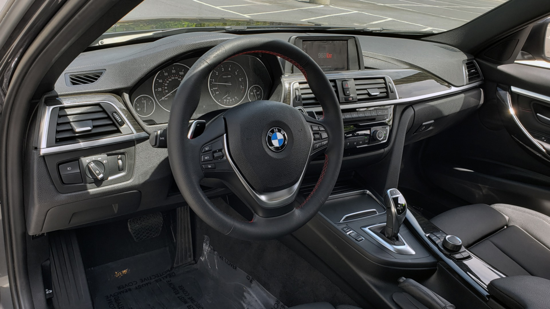 Used 2018 BMW 3 SERIES 330I XDRIVE / CONV PKG / SUNROOF / SPORT STS / HTD STS / REARVIEW for sale $28,495 at Formula Imports in Charlotte NC 28227 34