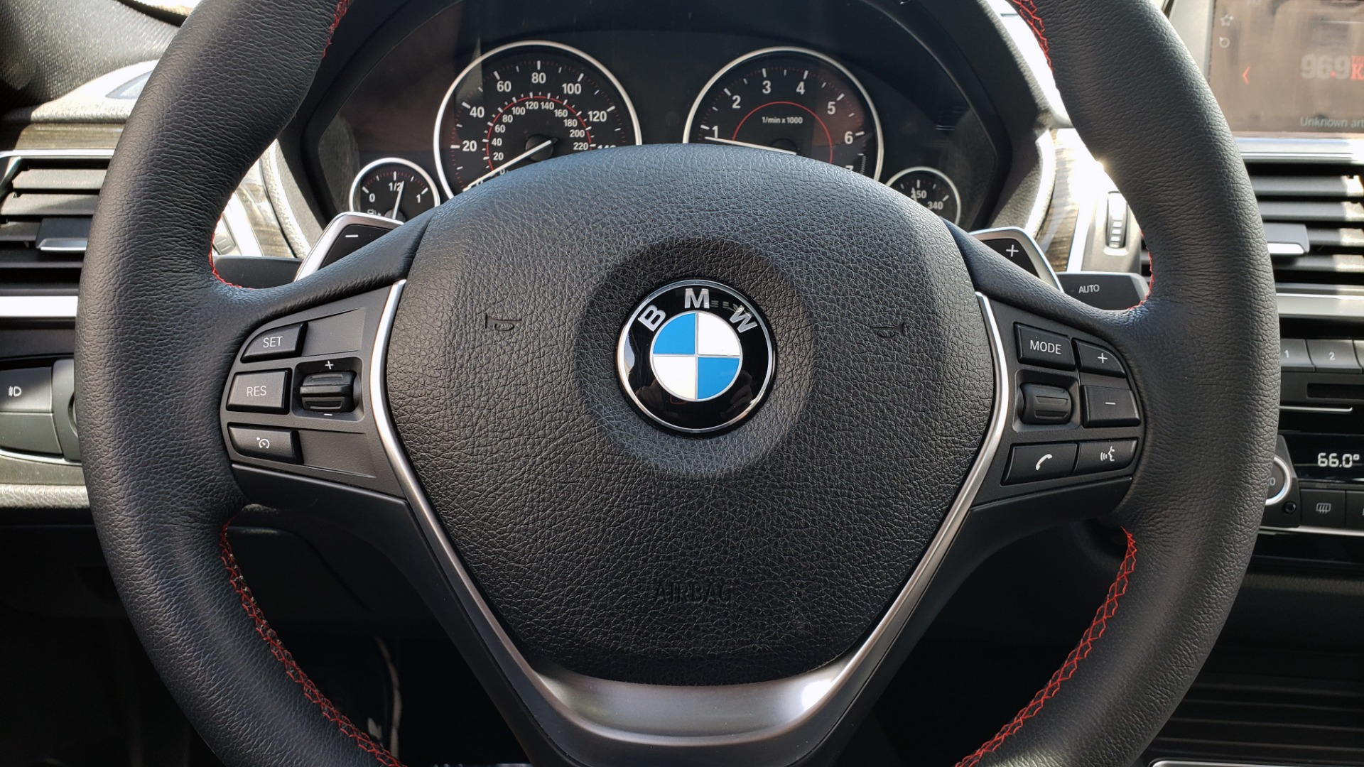 Used 2018 BMW 3 SERIES 330I XDRIVE / CONV PKG / SUNROOF / SPORT STS / HTD STS / REARVIEW for sale $28,495 at Formula Imports in Charlotte NC 28227 37