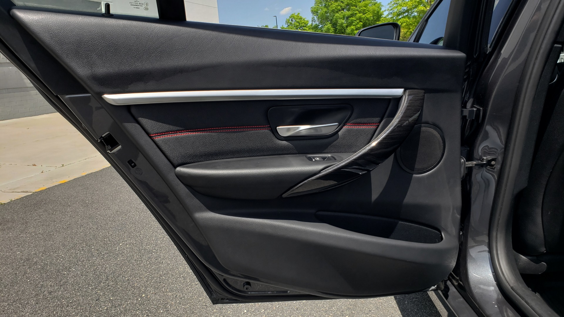 Used 2018 BMW 3 SERIES 330I XDRIVE / CONV PKG / SUNROOF / SPORT STS / HTD STS / REARVIEW for sale $28,495 at Formula Imports in Charlotte NC 28227 56