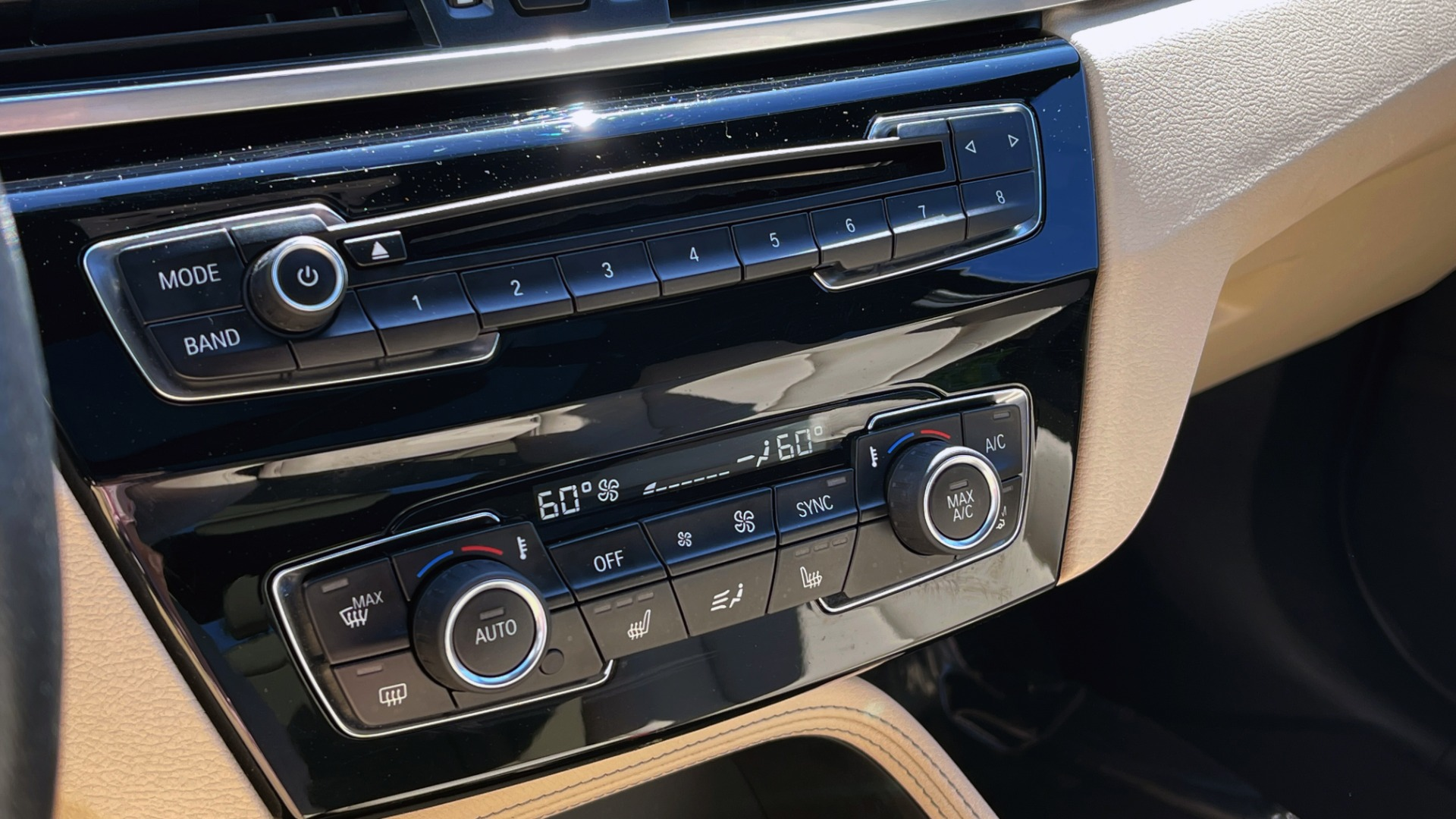 Used 2018 BMW X1 XDRIVE28I / CONV PKG / HTD SEATS / PANO-ROOF / REARVIEW for sale Sold at Formula Imports in Charlotte NC 28227 47