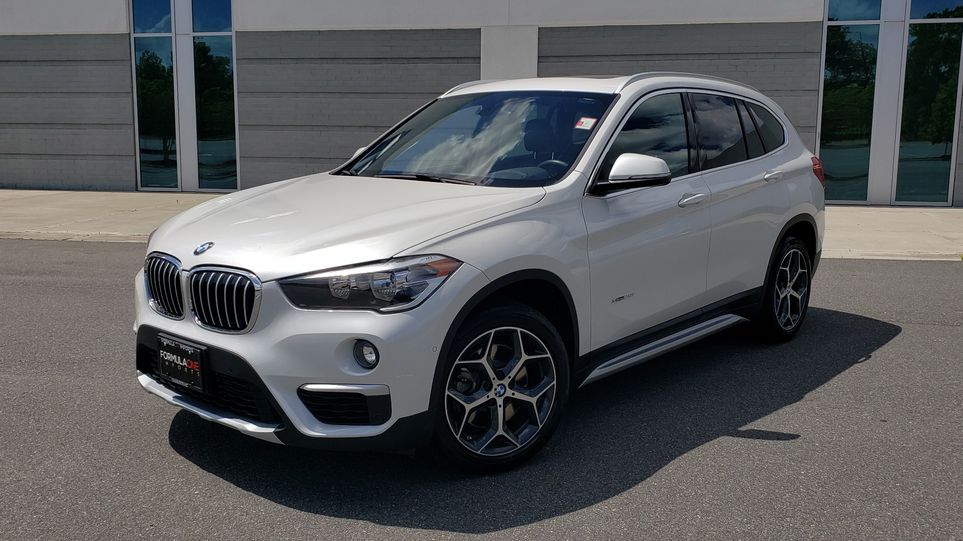 Used 2018 BMW X1 XDRIVE28I / NAV / CONV PKG / HTD SEATS / APPLE / PANO-ROOF / REARVIEW for sale $27,995 at Formula Imports in Charlotte NC 28227 1