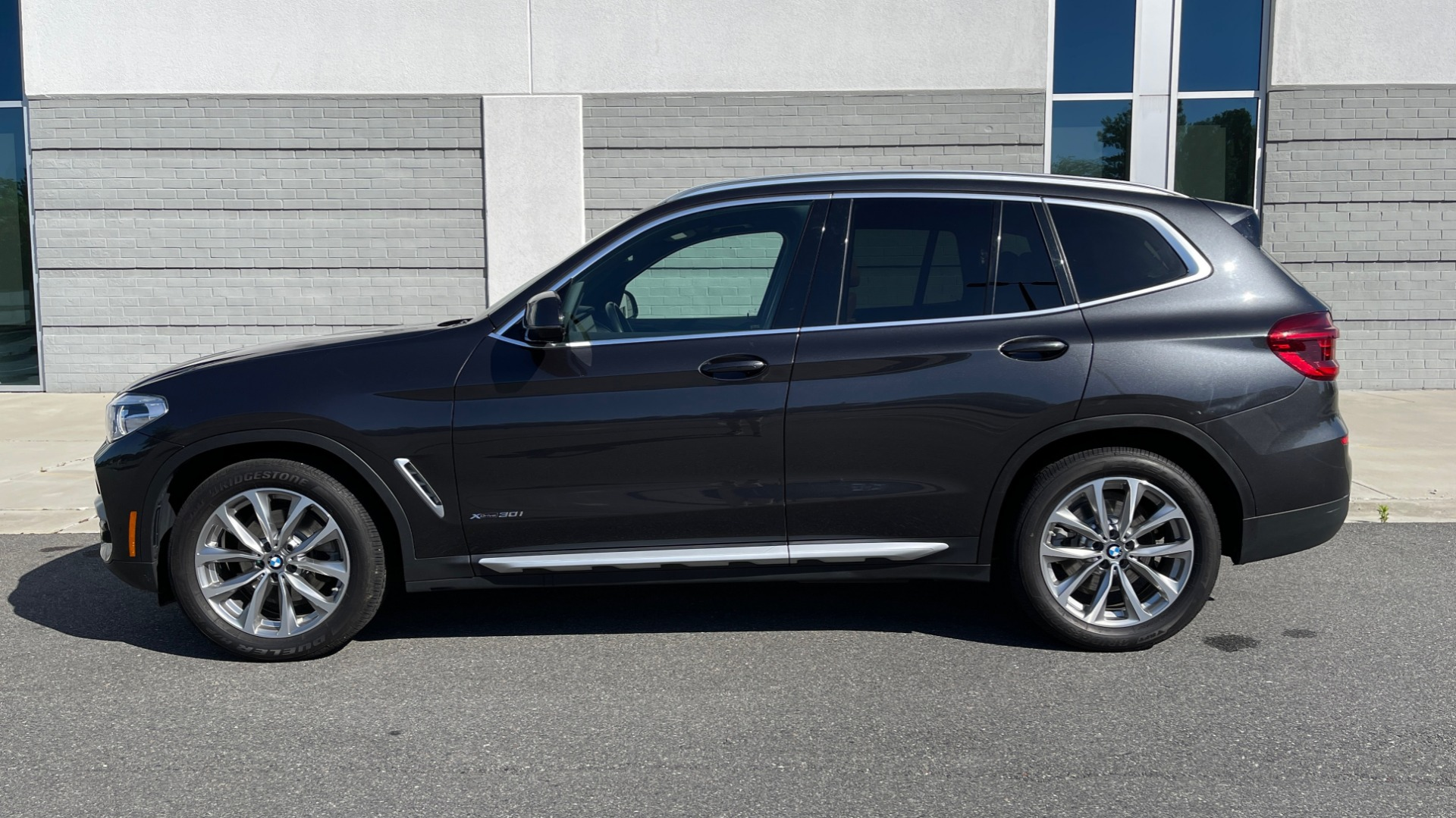Used 2018 BMW X3 XDRIVE30I PREMIUM / NAV / DRVR ASST PLUS / CONV PKG / SUNROOF / REARVIEW for sale $33,795 at Formula Imports in Charlotte NC 28227 6