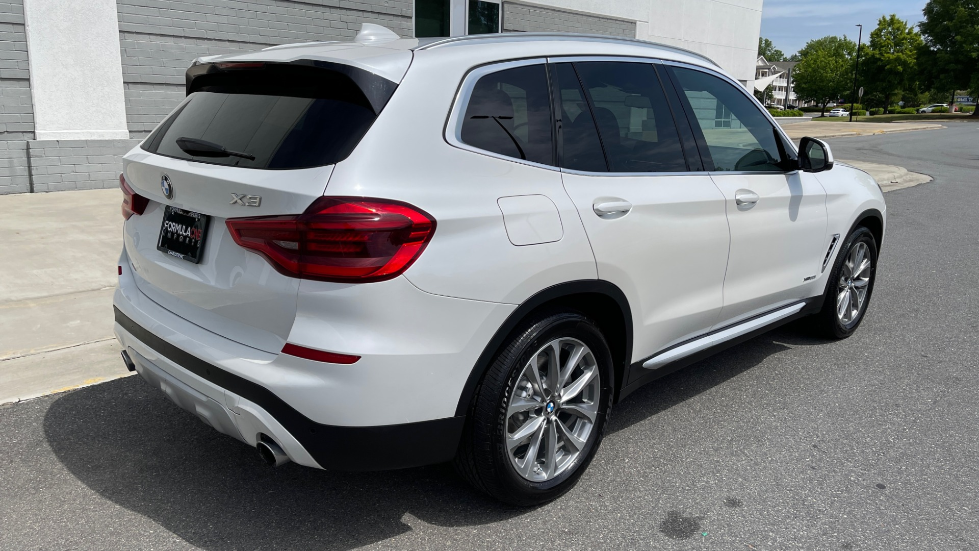 Used 2018 BMW X3 XDRIVE30I PREMIUM / NAV / DRVR ASST / CONV PKG / SUNROOF / REARVIEW for sale $32,695 at Formula Imports in Charlotte NC 28227 2