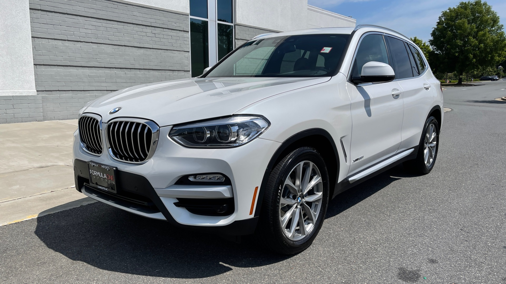 Used 2018 BMW X3 XDRIVE30I PREMIUM / NAV / DRVR ASST / CONV PKG / SUNROOF / REARVIEW for sale $32,695 at Formula Imports in Charlotte NC 28227 4