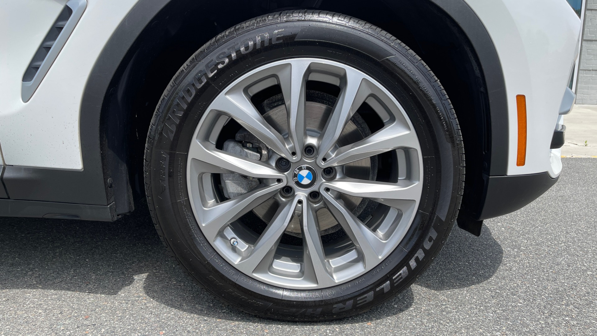 Used 2018 BMW X3 XDRIVE30I PREMIUM / NAV / DRVR ASST / CONV PKG / SUNROOF / REARVIEW for sale $32,695 at Formula Imports in Charlotte NC 28227 89