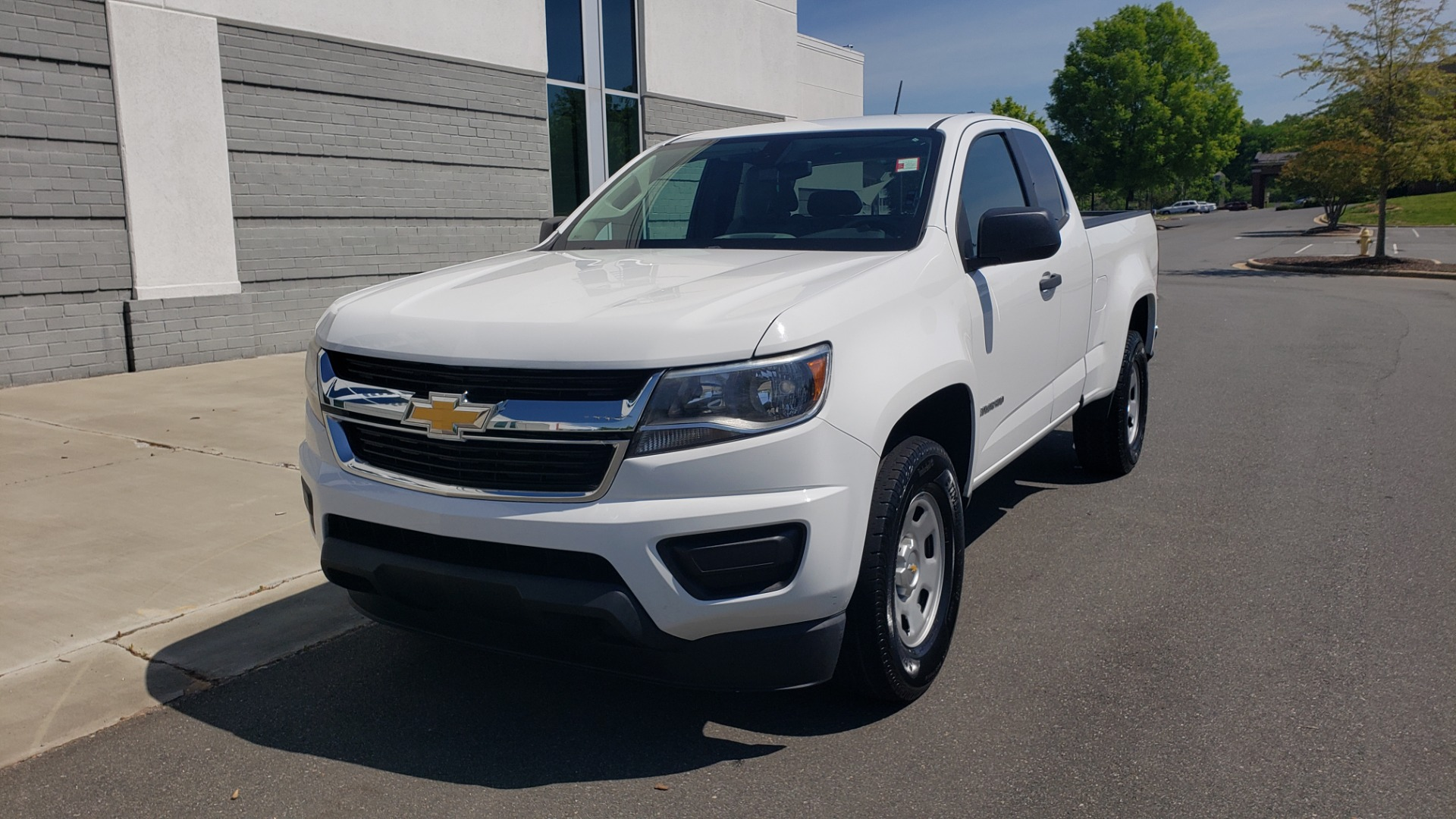Used 2016 Chevrolet COLORADO 2WD WT / EXT CAB / 128.3 WB / 4-CYL / 6-SPD AUTO / REARVIEW for sale Sold at Formula Imports in Charlotte NC 28227 2
