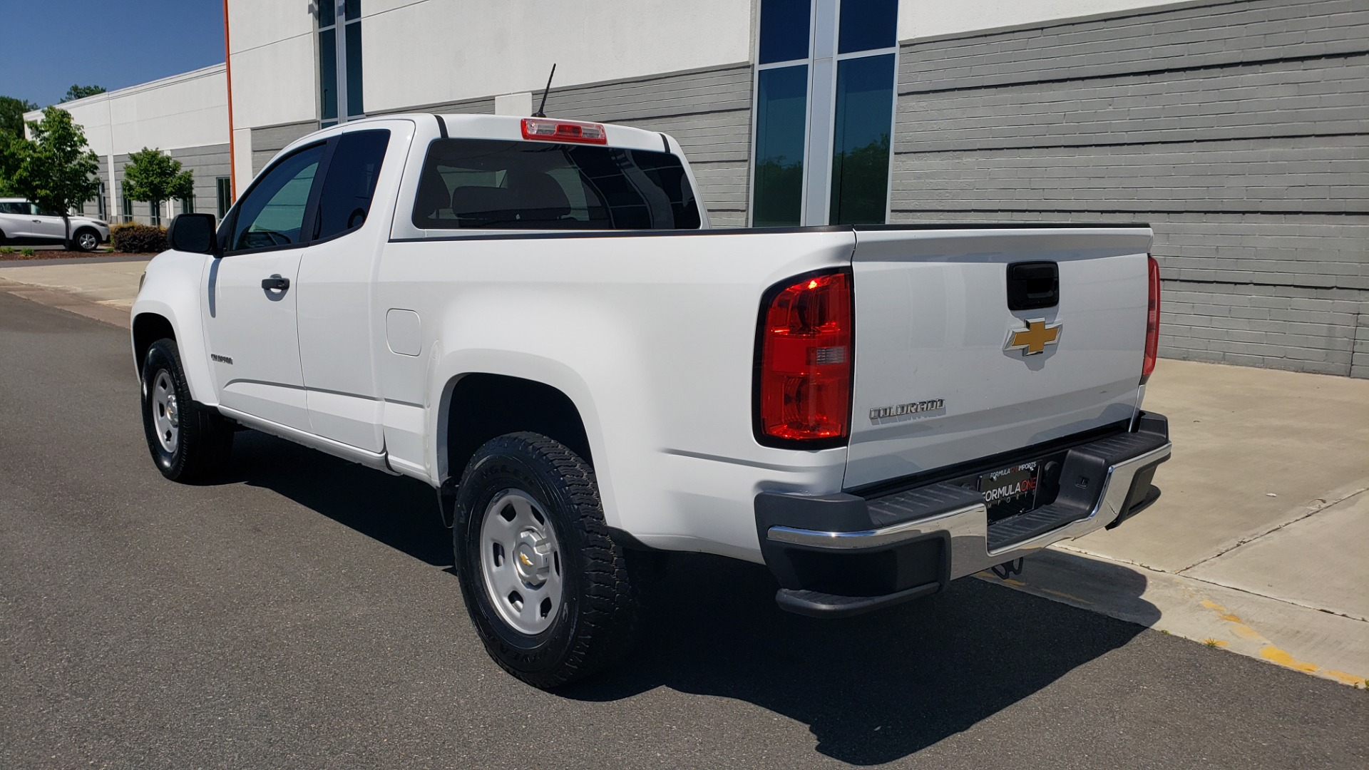 Used 2016 Chevrolet COLORADO 2WD WT / EXT CAB / 128.3 WB / 4-CYL / 6-SPD AUTO / REARVIEW for sale Sold at Formula Imports in Charlotte NC 28227 5