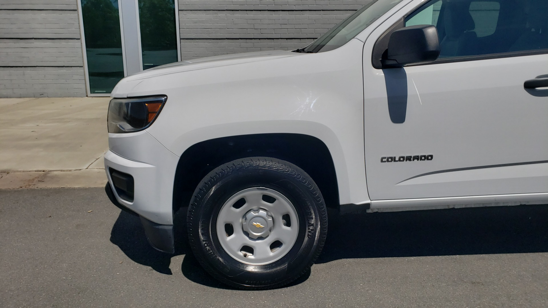 Used 2016 Chevrolet COLORADO 2WD WT / EXT CAB / 128.3 WB / 4-CYL / 6-SPD AUTO / REARVIEW for sale Sold at Formula Imports in Charlotte NC 28227 72