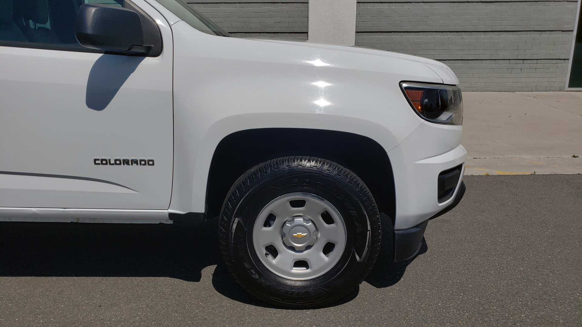Used 2016 Chevrolet COLORADO 2WD WT / EXT CAB / 128.3 WB / 4-CYL / 6-SPD AUTO / REARVIEW for sale Sold at Formula Imports in Charlotte NC 28227 75