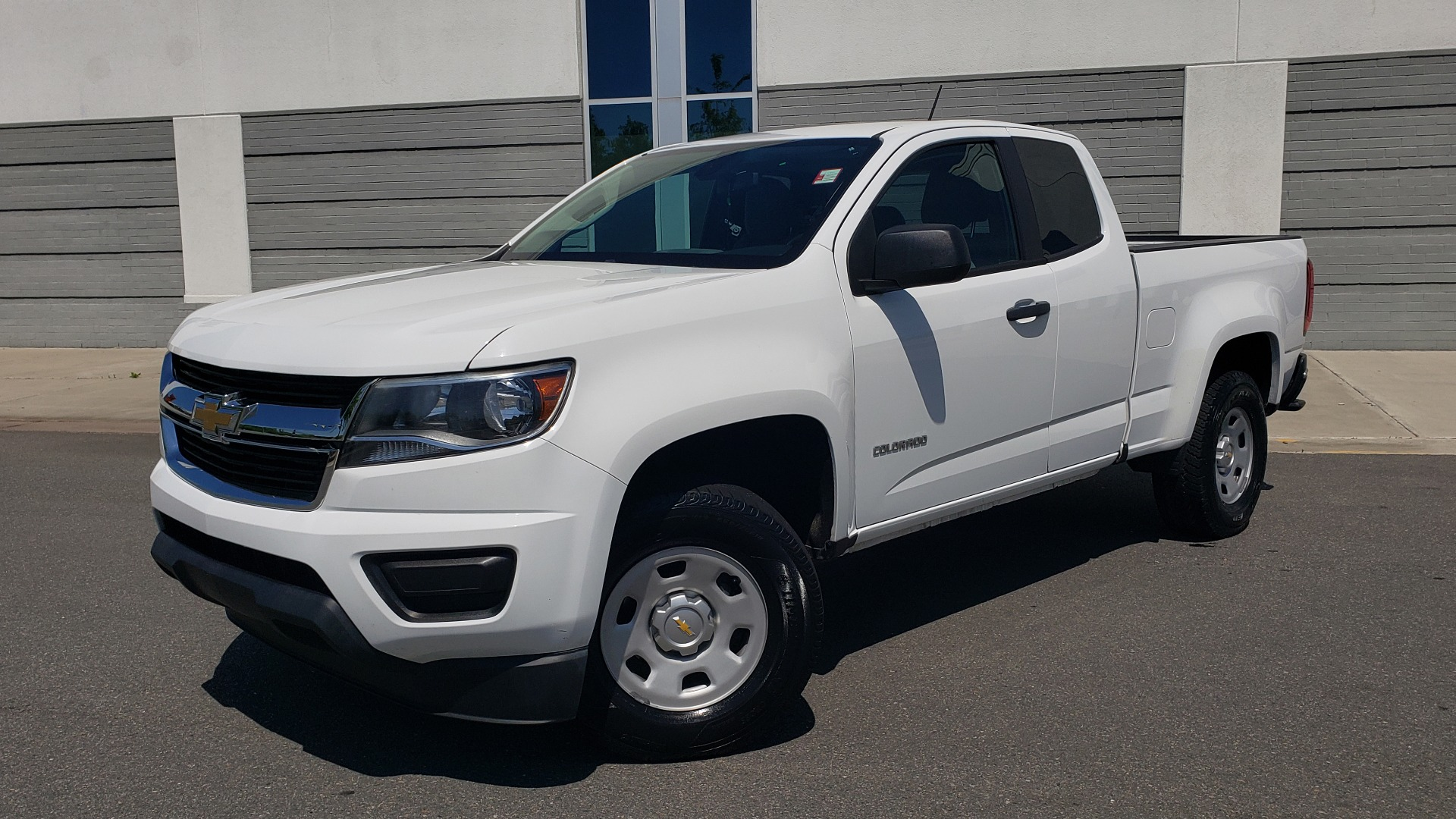 Used 2016 Chevrolet COLORADO 2WD WT / EXT CAB / 128.3 WB / 4-CYL / 6-SPD AUTO / REARVIEW for sale Sold at Formula Imports in Charlotte NC 28227 1