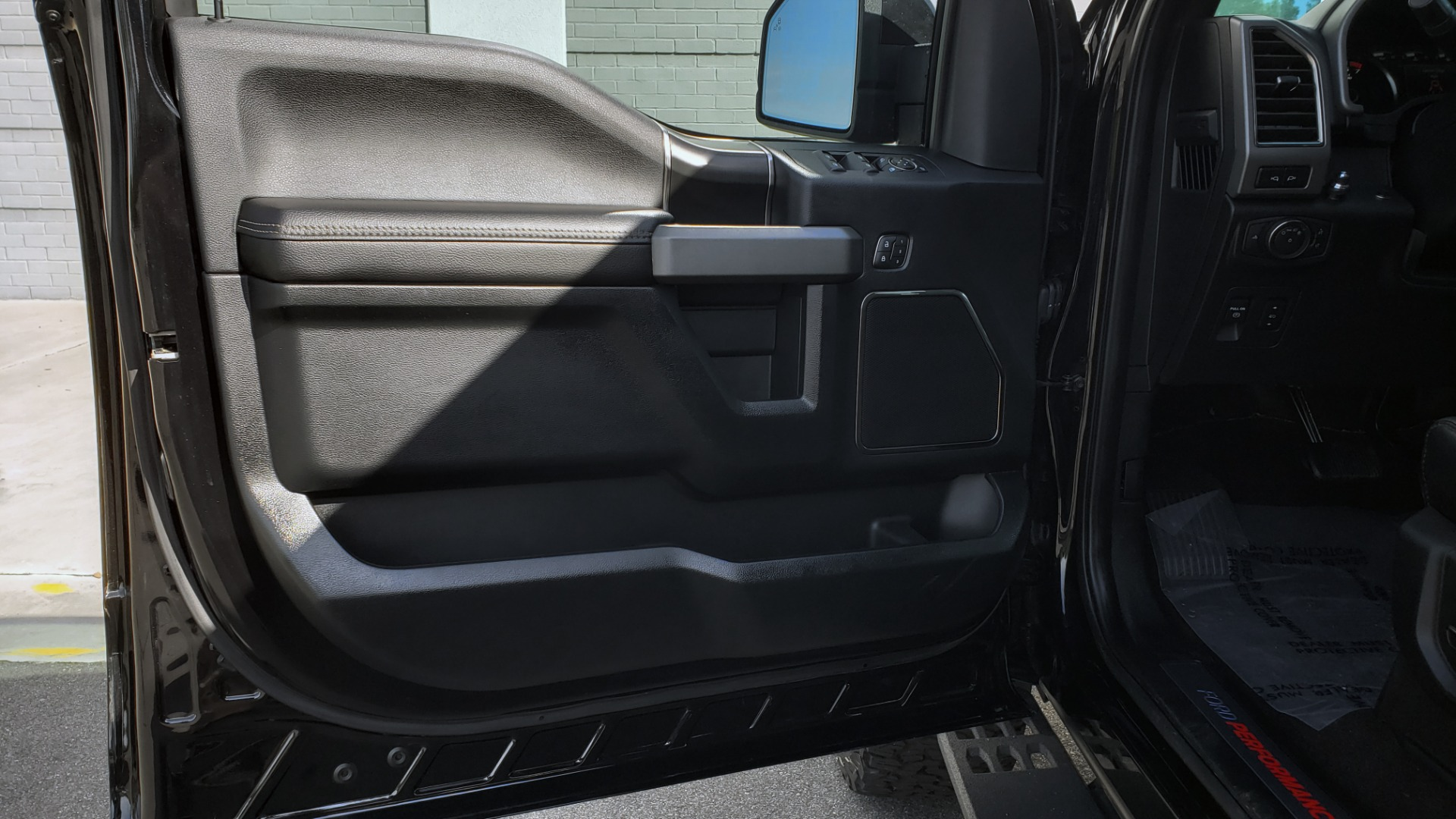 Used 2020 Ford F-150 RAPTOR 4X4 SUPERCREW / NAV / B&O SOUND / SUNROOF / REARVIEW for sale Sold at Formula Imports in Charlotte NC 28227 42