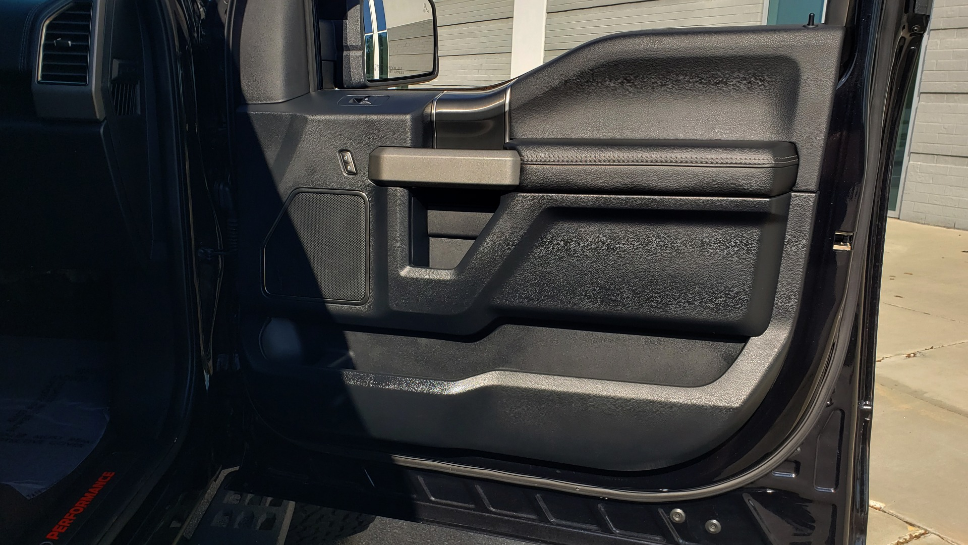 Used 2020 Ford F-150 RAPTOR 4X4 SUPERCREW / NAV / B&O SOUND / SUNROOF / REARVIEW for sale Sold at Formula Imports in Charlotte NC 28227 78