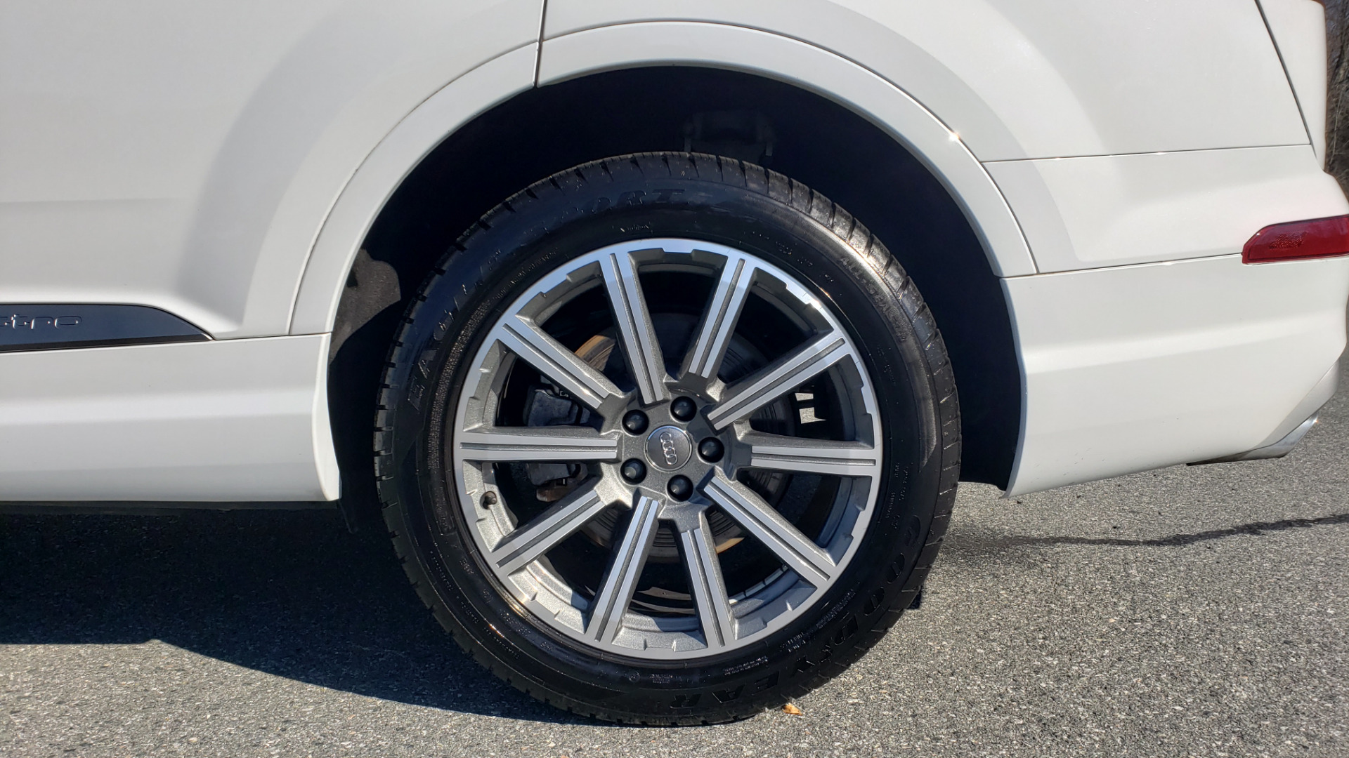 Used 2017 Audi Q7 PRESTIGE 3.0T / NAV / CLD WTHR / SUNROOF / REARVIEW for sale Sold at Formula Imports in Charlotte NC 28227 7