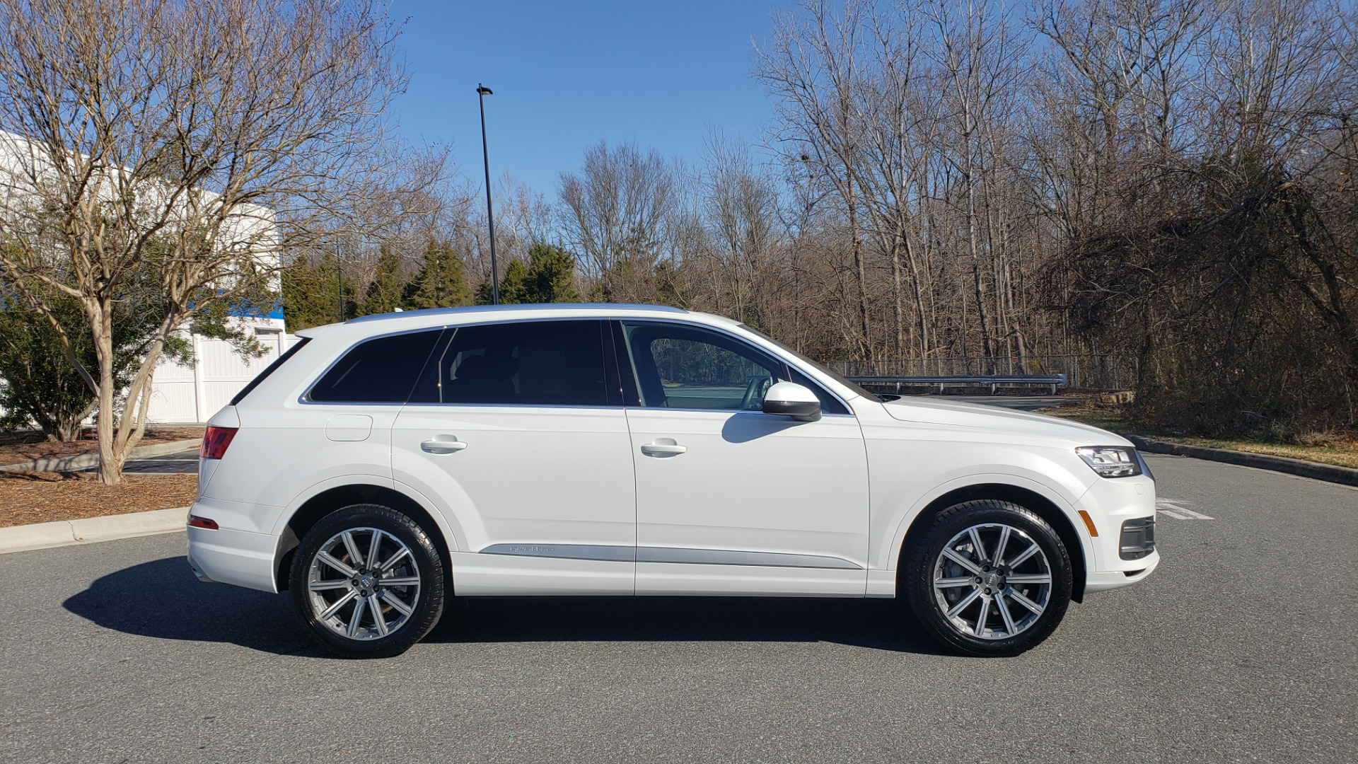 Used 2017 Audi Q7 PRESTIGE 3.0T / NAV / CLD WTHR / SUNROOF / REARVIEW for sale Sold at Formula Imports in Charlotte NC 28227 9