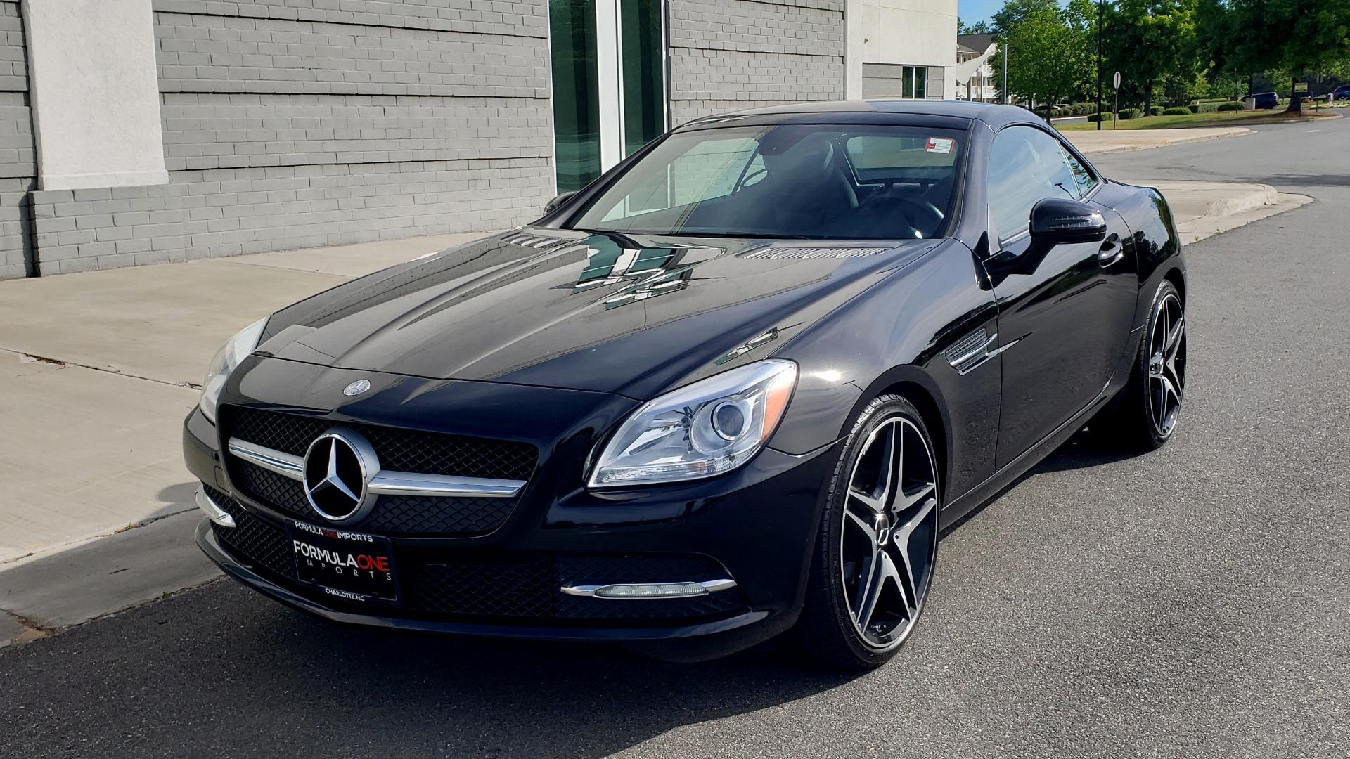 Used 2012 Mercedes-Benz SLK-CLASS SLK 250 ROADSTER / PREM 1 PKG / COMAND LAUNCH PKG / 7-SPD AUTO for sale $24,995 at Formula Imports in Charlotte NC 28227 5