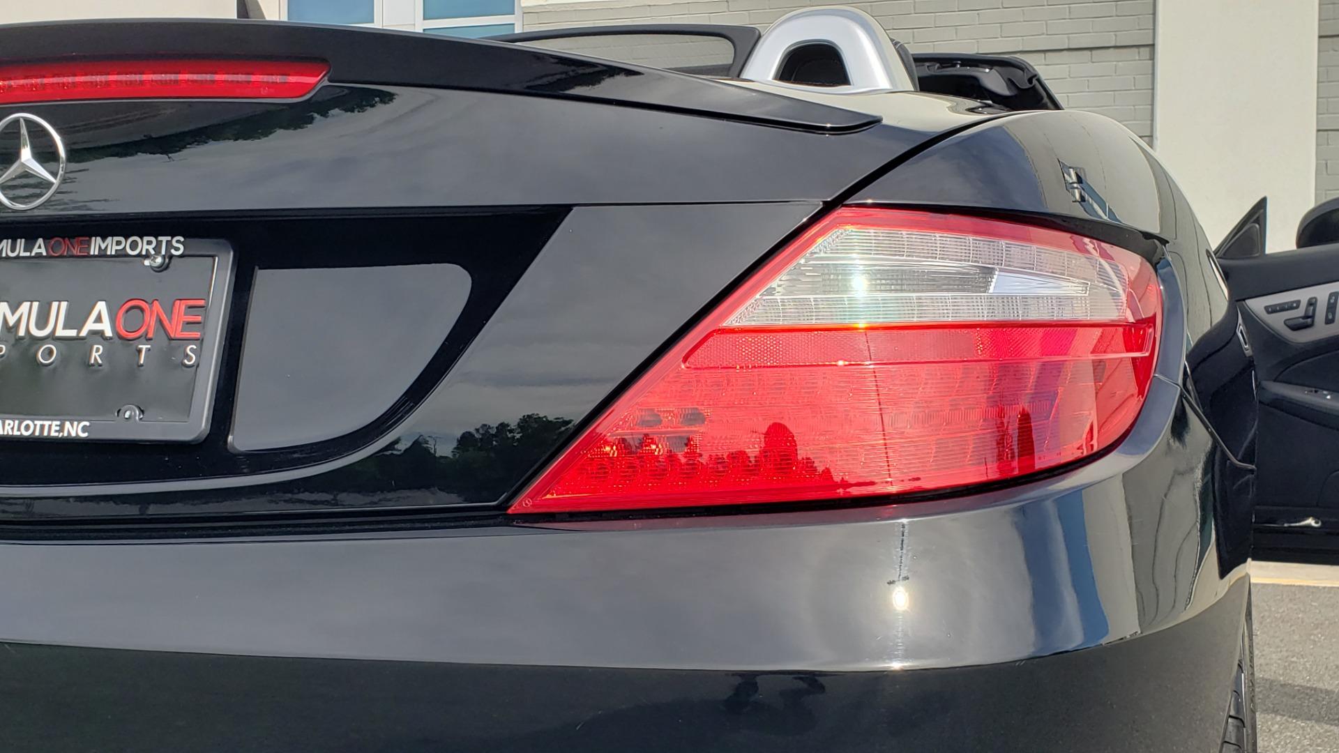 Used 2012 Mercedes-Benz SLK-CLASS SLK 250 ROADSTER / PREM 1 PKG / COMAND LAUNCH PKG / 7-SPD AUTO for sale $24,995 at Formula Imports in Charlotte NC 28227 51