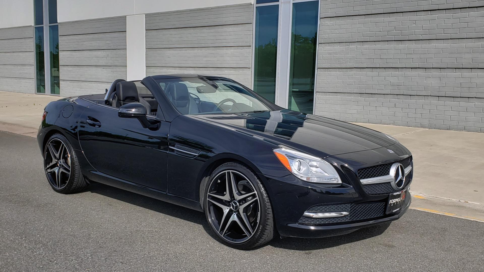 Used 2012 Mercedes-Benz SLK-CLASS SLK 250 ROADSTER / PREM 1 PKG / COMAND LAUNCH PKG / 7-SPD AUTO for sale $24,995 at Formula Imports in Charlotte NC 28227 6