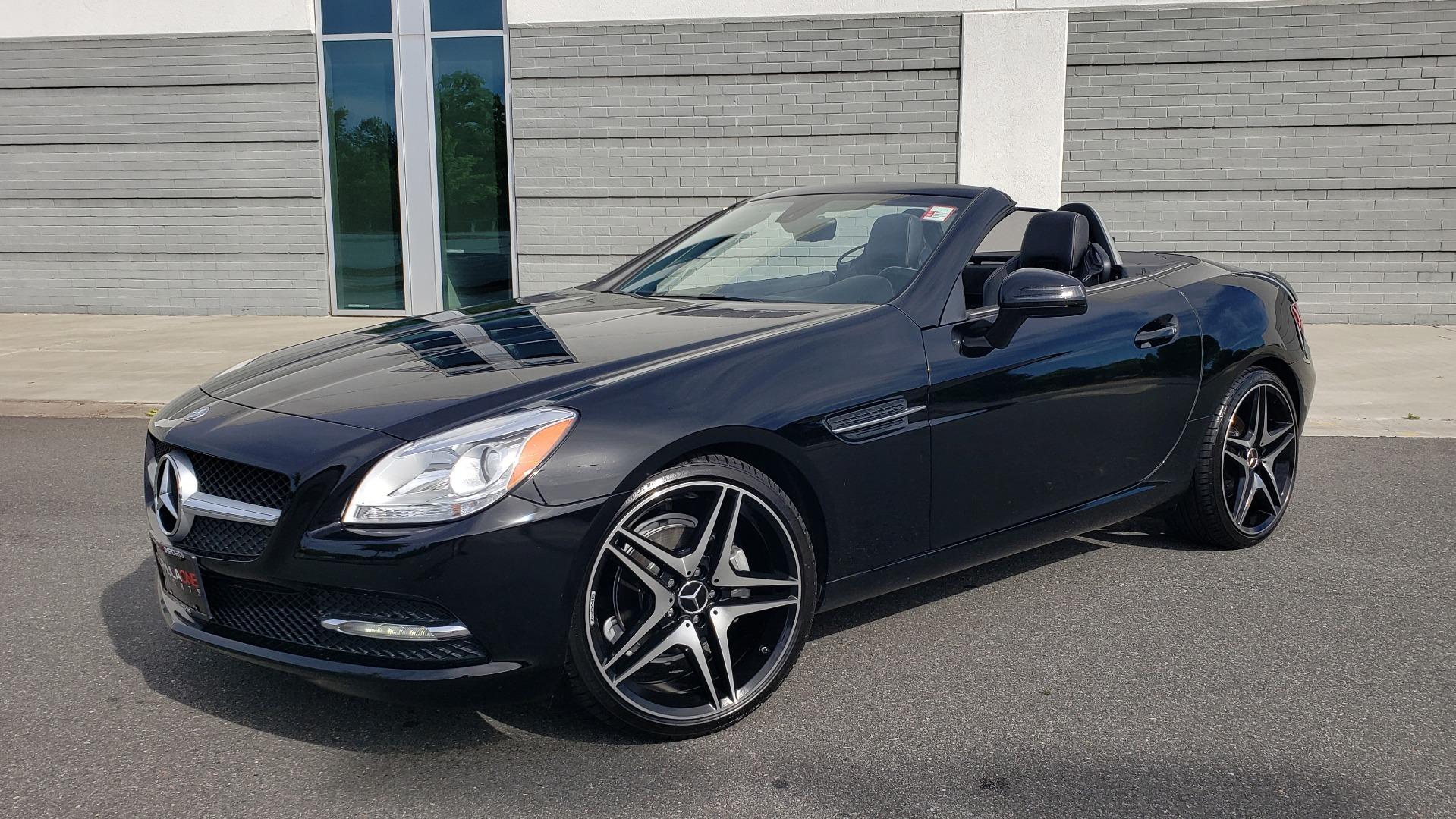 Used 2012 Mercedes-Benz SLK-CLASS SLK 250 ROADSTER / PREM 1 PKG / COMAND LAUNCH PKG / 7-SPD AUTO for sale $24,995 at Formula Imports in Charlotte NC 28227 1