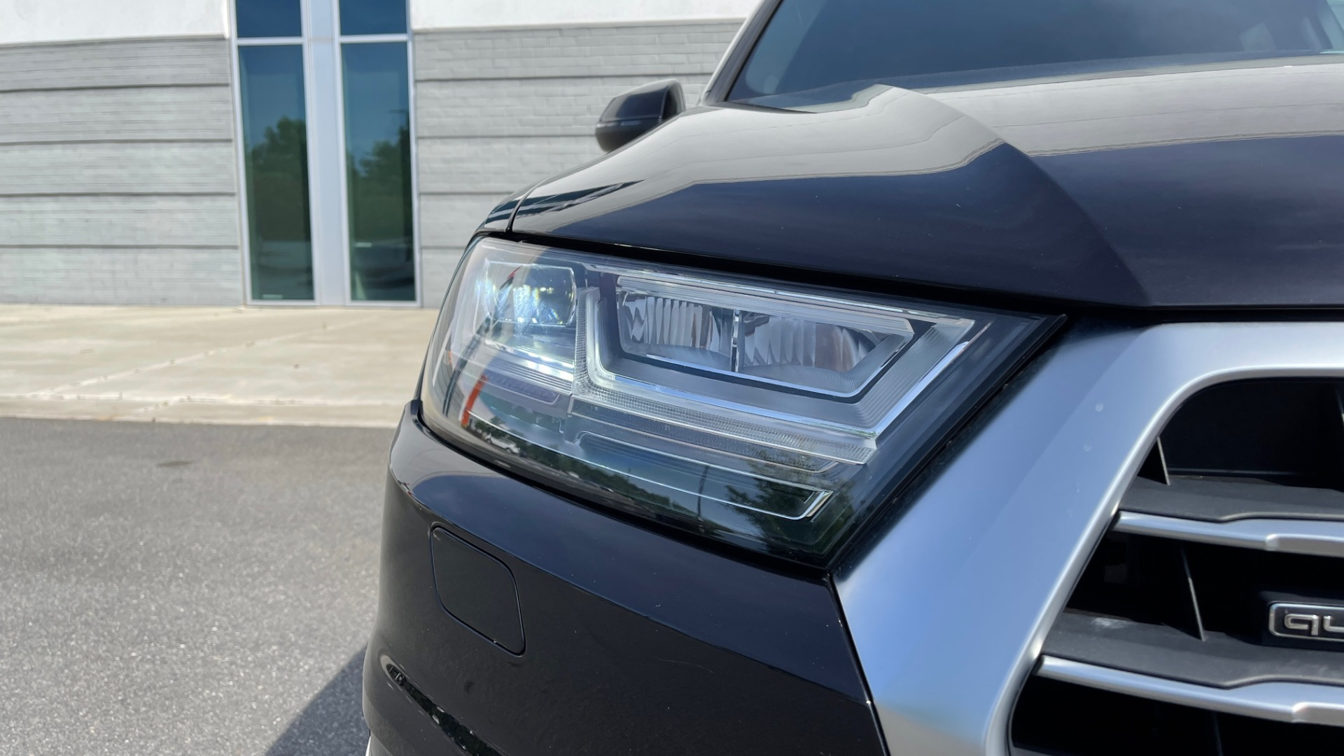 Used 2018 Audi Q7 PREMIUM PLUS / NAV / PANO-ROOF / BOSE / 3-ROW / REARVIEW for sale $43,461 at Formula Imports in Charlotte NC 28227 13