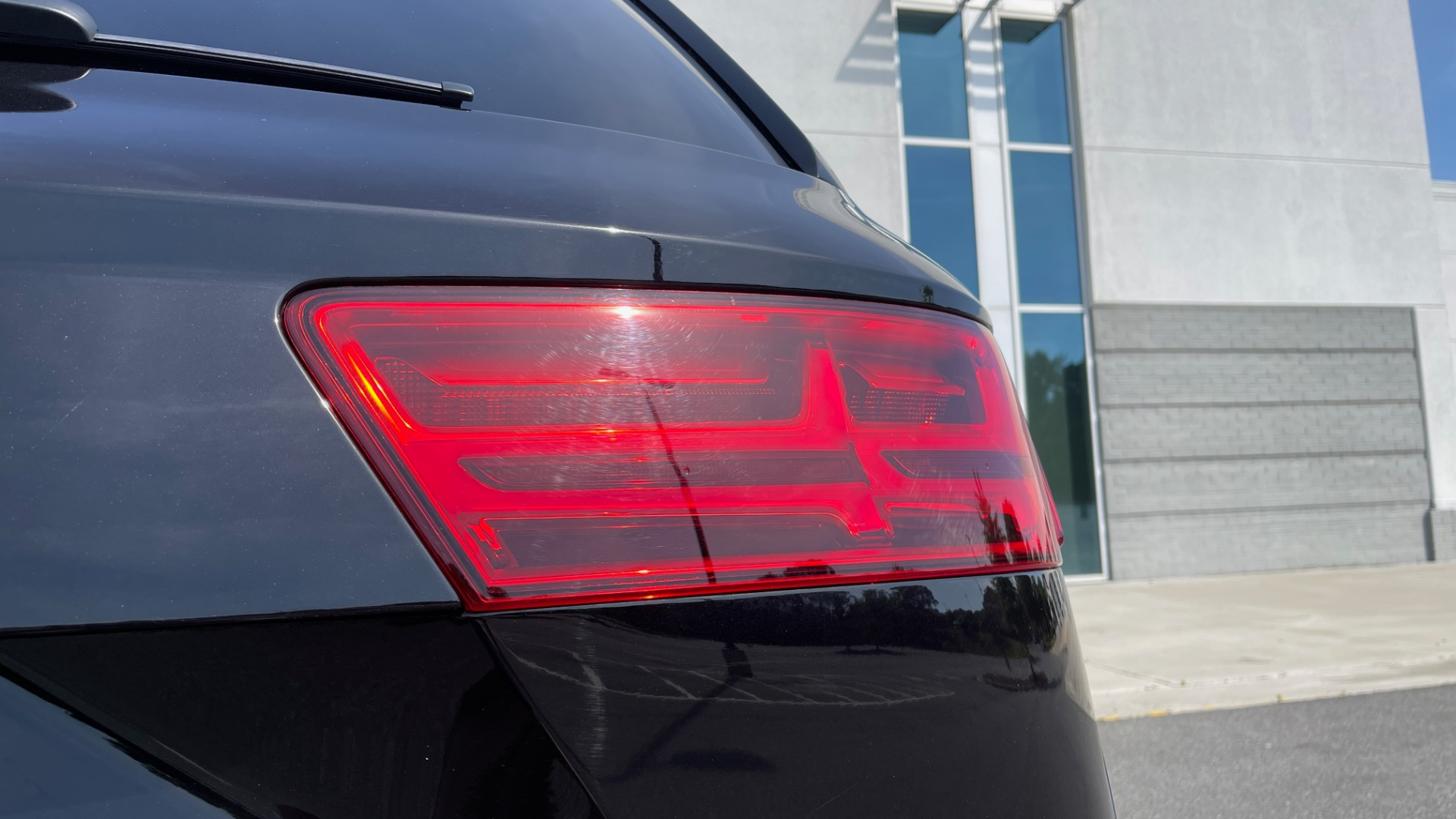 Used 2018 Audi Q7 PREMIUM PLUS / NAV / PANO-ROOF / BOSE / 3-ROW / REARVIEW for sale $43,461 at Formula Imports in Charlotte NC 28227 22