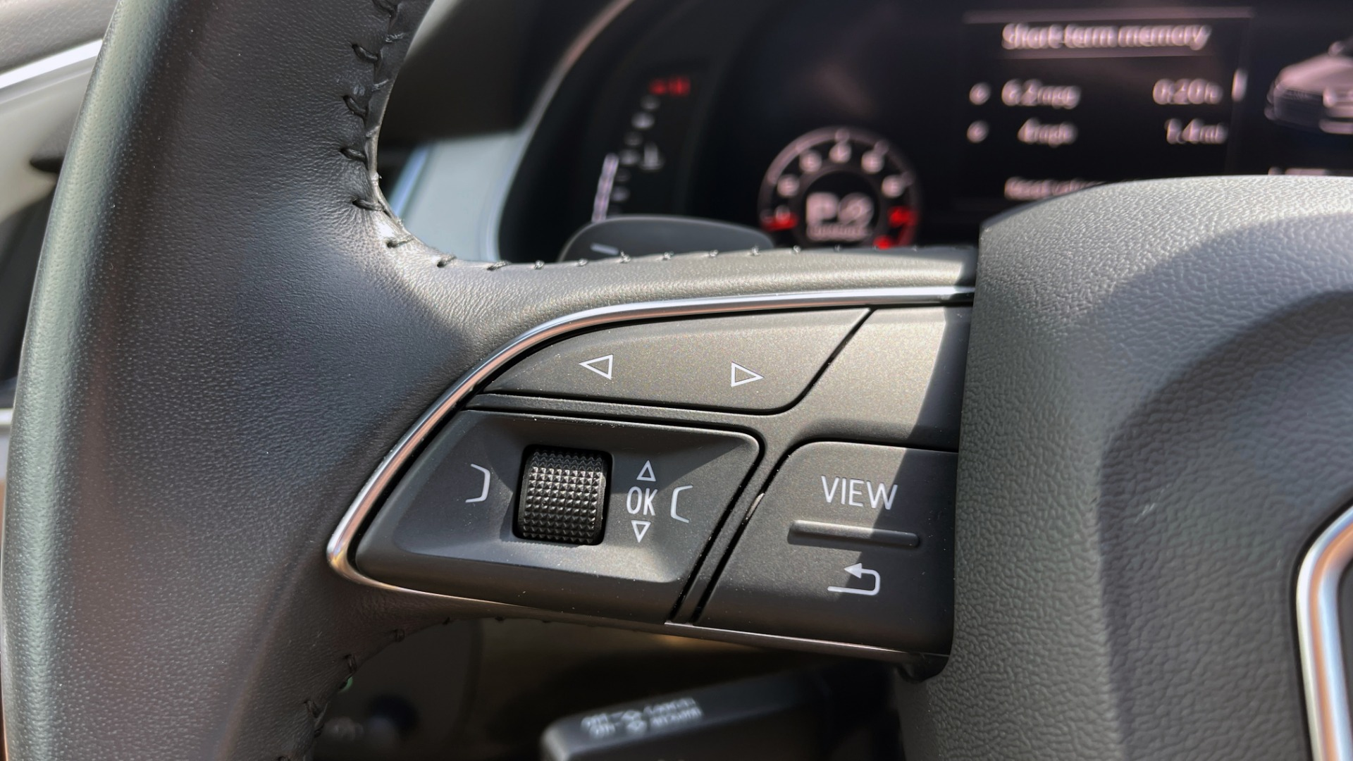 Used 2018 Audi Q7 PREMIUM PLUS / NAV / PANO-ROOF / BOSE / 3-ROW / REARVIEW for sale $43,461 at Formula Imports in Charlotte NC 28227 52